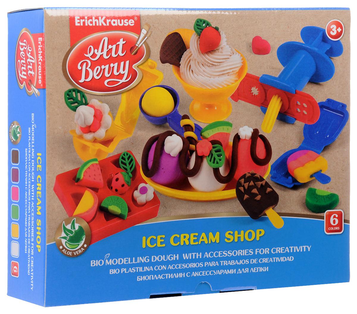 Набор для лепки (на растительной основе) Ice Cream Shop, 6 цветов30381Пластилин на растительной основе Ice Cream Shop - увлекательная игрушка, развивающая у ребенка мелкую моторику рук, воображение и творческое мышление. Пластилин легко разминается, не липнет к рукам и рабочей поверхности, не пачкает одежду. Цвета смешиваются между собой, образуя новые оттенки. Пластилин застывает на открытом воздухе через 24 часа. Набор содержит пластилин 6 цветов (малинового, белого, желтого, красного, оранжевого, синего), 2 объемных формы-трафарета, 2 плоских трафарета, 2 вафельницы, чашу, овальную тарелочку, ложечку, валик, пресс, 2 небольших лопатки, стек. Пластилин каждого цвета хранится в отдельной пластиковой баночке. С пластилином на растительной основе Ice Cream Shop ваш ребенок будет часами занят игрой.Характеристики:Общий вес пластилина: 210 г. Средний размер объемных трафаретов: 7,5 см x 6 см x 1 см. Средний размер плоских трафаретов: 10,5 см x 3 см. Средний размер вафельниц: 6 см x 4 см x 1,5 см. Длина стека: 11,5 см. Длина валика: 9 см. Длина пресса: 7,5 см. Размер тарелки: 11 см x 5,5 см x 1,5 см. Высота чаши: 4,5 см. Размер упаковки: 24 см x 18 см x 4,5 см. Изготовитель: Россия.