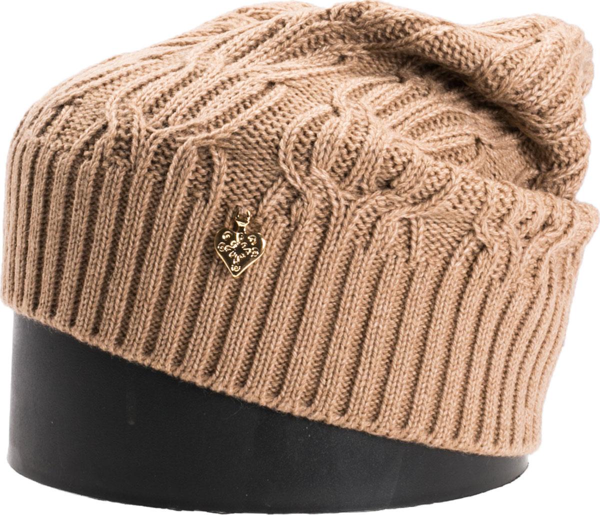 Шапка женская Vittorio Richi, цвет: бежевый. NSH900112. Размер 56/58NSH900112Стильная женская шапка Vittorio Richi отлично дополнит ваш образ в холодную погоду. Модель, изготовленная из шерсти с добавлением акрила, максимально сохраняет тепло и обеспечивает удобную посадку. Шапка дополнена ажурной вязкой и сбоку декоративным элементом. Привлекательная стильная шапка подчеркнет ваш неповторимый стиль и индивидуальность.