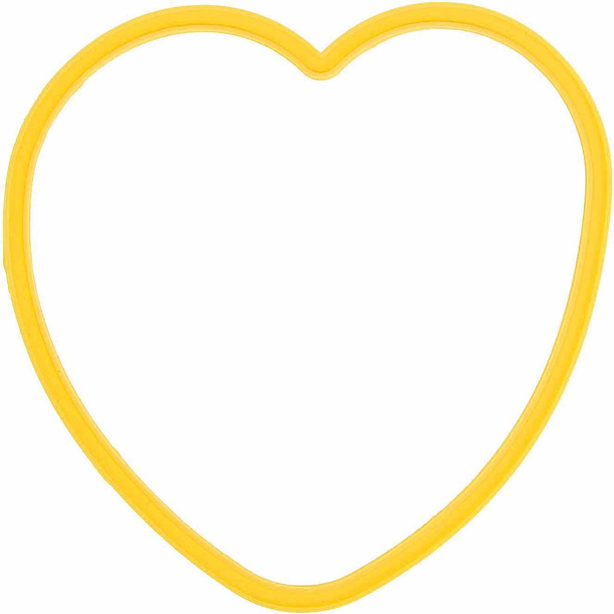 Форма для яичницы и блинов Доляна Любовь, цвет: желтый, 12 х 11 см811917Вкусные блины, оладьи, омлеты и яичницы нравятся всем. Сделать хорошо знакомые блюда поводом для кулинарной гордости поможет специальная форма из силикона. Как ей пользоваться? налейте на сковороду масло и поставьте на средний огонь, расположите форму в центре и наполните её тестом или разбейте внутрь яйцо, обжаривайте до готовности. Силикон обладает важными достоинствами: выдерживает температуру от -40 до +230 °C; не обжигает руки при готовке; легко отмывается, в том числе в посудомоечной машине; благодаря высокой гибкости и прочности служит долгое время.