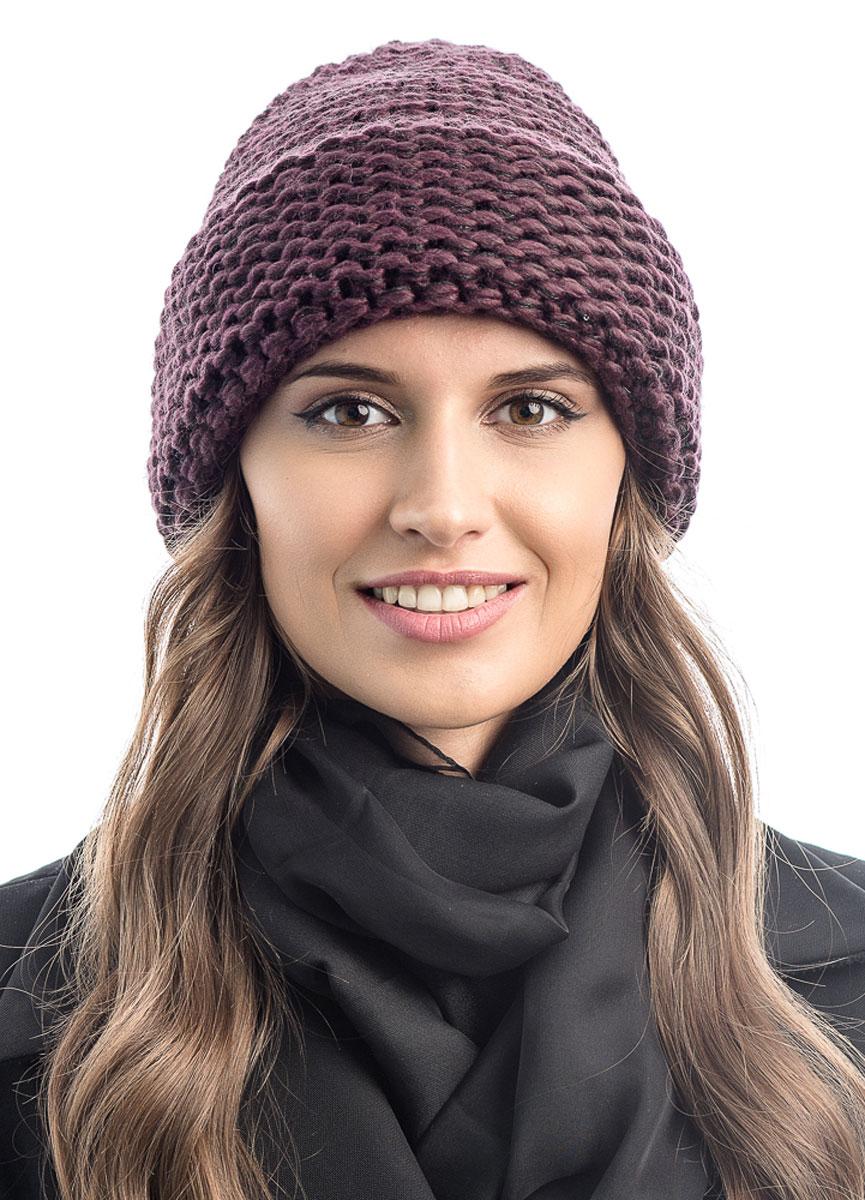Шапка вязаная женская Stilla, цвет: бордовый. SH-1769/08. Размер 52/58SH-1769/08Элегантная вязаная женская шапка Stilla, изготовленная из пряжи с содержанием шерсти и акрила исключительно мягкая, комфортная и теплая. Актуальная крупная вязка, делает эту модель эффектной и не забываемой. Практичная форма шапки делает ее очень комфортной. Шапка без подкладки, а благодаря плотной толстой вязке и широкому отвороту прекрасно защитит от холода.Шапка Stilla прекрасно дополнит ваш образ с шубой или пальто.