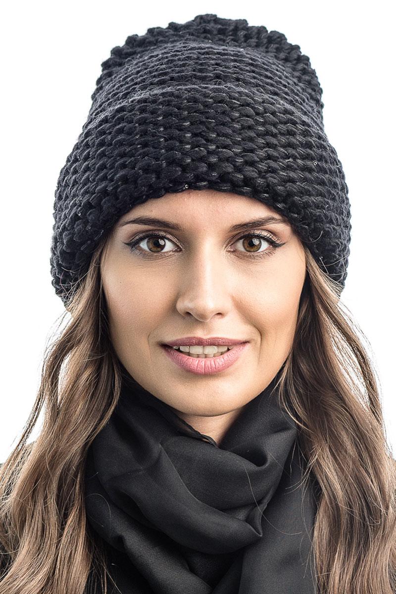 Шапка вязаная женская Stilla, цвет: черный. SH-1769/02. Размер 52/58SH-1769/02Элегантная вязаная женская шапка Stilla, изготовленная из пряжи с содержанием шерсти и акрила исключительно мягкая, комфортная и теплая. Актуальная крупная вязка, делает эту модель эффектной и не забываемой. Практичная форма шапки делает ее очень комфортной. Шапка без подкладки, а благодаря плотной толстой вязке и широкому отвороту прекрасно защитит от холода.Шапка Stilla прекрасно дополнит ваш образ с шубой или пальто.