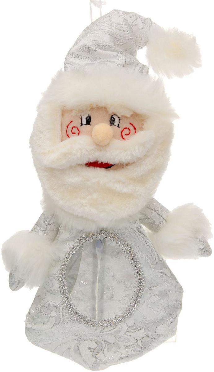 Конфетница Sima-land Дед мороз, вместимость 300 г1050164Нарядная конфетница Sima-land изготовлена из текстиля и искусственного меха. Упаковка выполнена в виде символичного персонажа и застегивается сзади на молнию. Спереди имеется прозрачное окошко. Подарочную упаковку можно подвесить в любое место с помощью петли-шнурка. Яркий символичный персонаж создаст новогоднее настроение. Креативная упаковка сделает ваш презент особенным и самым запоминающимся.Вместительность: 300 г.