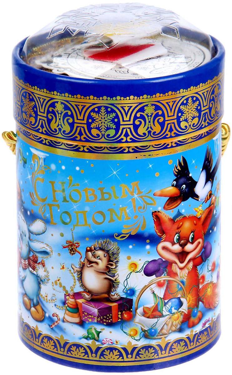 Коробка-тубус подарочная Sima-land Счастливого праздника, 11,5 х 15 см1118875Любой подарок начинается с упаковки. Что может быть трогательнее и волшебнее, чем ритуал разворачивания полученного презента. И именно оригинальная, со вкусом выбранная упаковка выделит ваш подарок из массы других. Подарочная коробка-тубус Sima-land продемонстрирует самые теплые чувства к виновнику торжества и создаст сказочную атмосферу праздника.