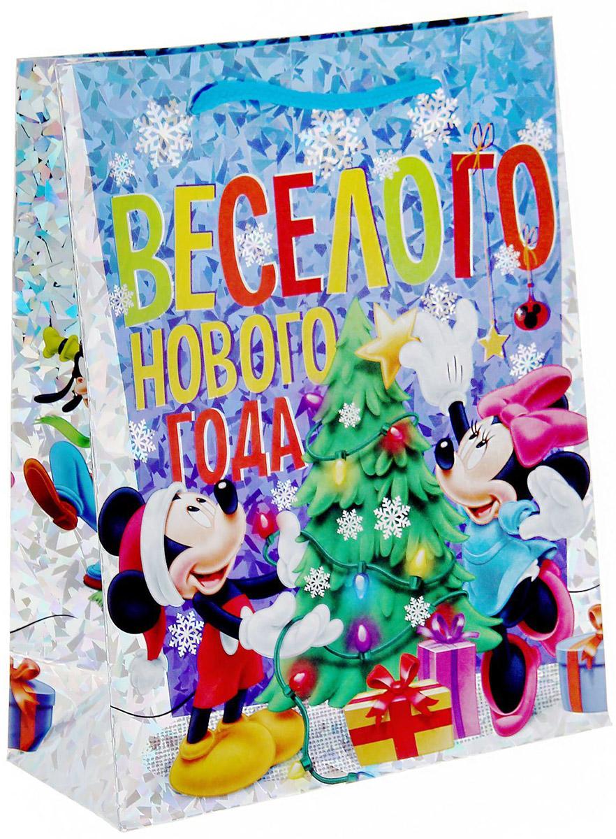Пакет подарочный Disney Микки. Веселого Нового года!, голография, вертикальный, 18 x 23 см1121621Подарочный пакет Disney Микки. Веселого Нового года!, изготовленный из картона, станет незаменимым дополнением к выбранному подарку. Для удобной переноски на пакете имеются две ручки.Подарок, преподнесенный в оригинальной упаковке, всегда будет самым эффектным и запоминающимся. Окружите близких людей вниманием и заботой, вручив презент в нарядном, праздничном оформлении.