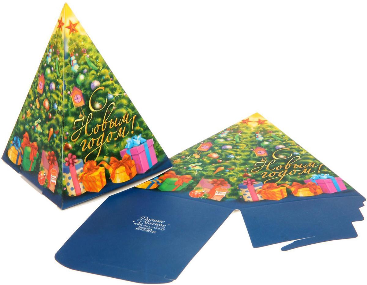 Коробка сборная фигурная Sima-land Елочка, 8 х 12см1123294Любой подарок начинается с упаковки. Что может быть трогательнее и волшебнее, чем ритуал разворачивания полученного презента. И именно оригинальная, со вкусом выбранная упаковка выделит ваш подарок из массы других. Подарочная коробка Sima-land продемонстрирует самые теплые чувства к виновнику торжества и создаст сказочную атмосферу праздника.
