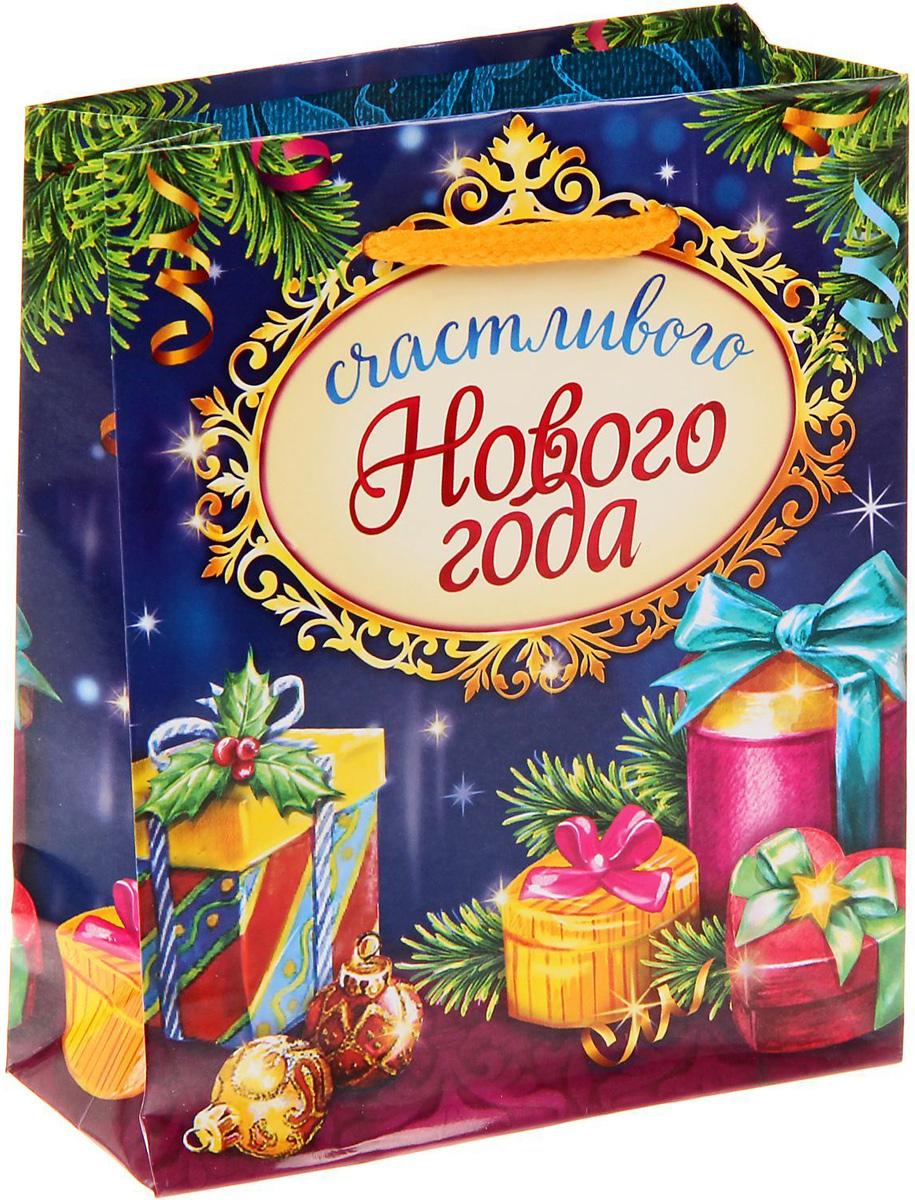 Пакет подарочный Sima-land Счастливого Нового года, вертикальный, 11 х 14 х 5 см1299772Сделанная своими руками оригинальная упаковка выделит презент из массы других, расскажет о ваших тёплых чувствах, наполнит праздник сказочной атмосферой. Благодаря нашему набору для творчества сделать её не составит труда! Следуйте инструкции, и вы легко создадите яркую, привлекающую внимание коробочку.