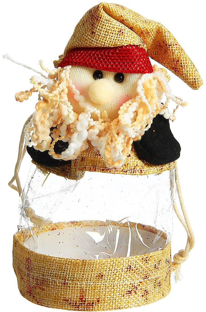 Конфетница Sima-land Дед Мороз, цвет: бежевый, черный, красный, 8 x 16 x 8 см1308735Нарядный мешочек-конфетница Sima-land Дед Мороз изготовлен из сочетания текстиля и пластика. Конфетница закрывается на утягивающий шнурочек. Яркий символичный персонаж на передней стороне изделия создаст новогоднее настроение. Креативная упаковка сделает ваш презент особенным и самым запоминающимся.Вместительность: 150 г.