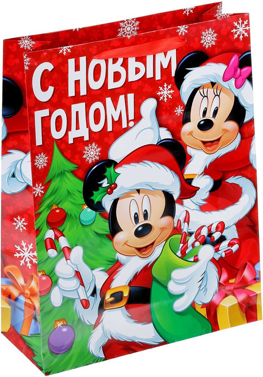 Пакет подарочный Disney Микки Маус и друзья. Яркого праздника!, 31 х 40 х 9 см. 13521181352118Подарочный пакет Disney Микки Маус и друзья. Яркого праздника!, изготовленный из картона, станет незаменимым дополнением к выбранному подарку. Для удобной переноски на пакете имеются две ручки. Подарок, преподнесенный в оригинальной упаковке, всегда будет самымэффектным и запоминающимся. Окружите близких людей вниманием и заботой, вручив презент в нарядном, праздничном оформлении.