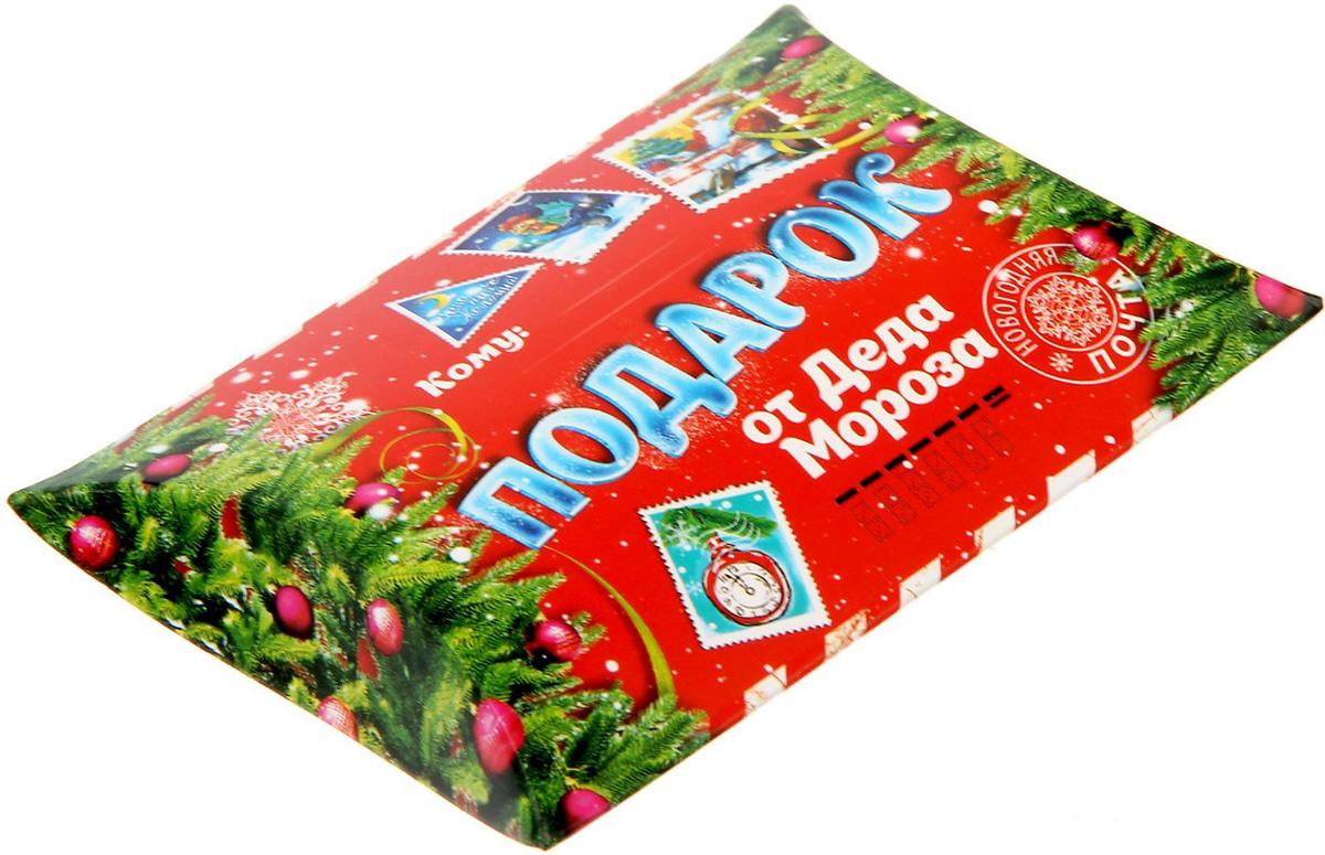 Коробка сборная фигурная Sima-land Подарок от Деда Мороза, 11 х 8 см1383868Любой подарок начинается с упаковки. Что может быть трогательнее и волшебнее, чем ритуал разворачивания полученного презента. И именно оригинальная, со вкусом выбранная упаковка выделит ваш подарок из массы других. Подарочная коробка Sima-land продемонстрирует самые теплые чувства к виновнику торжества и создаст сказочную атмосферу праздника.