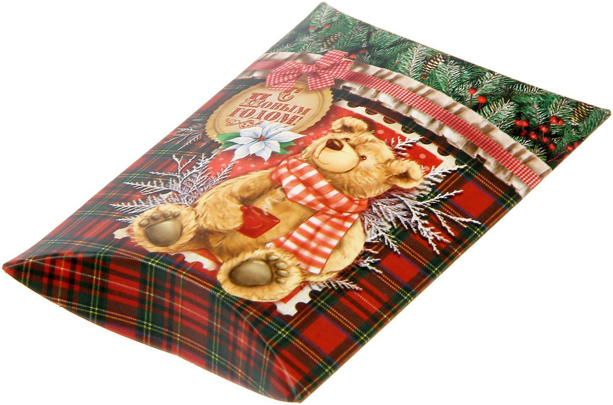Коробка сборная фигурная Sima-land Новогодний подарок, 11 х 8 см1383886Любой подарок начинается с упаковки. Что может быть трогательнее и волшебнее, чем ритуал разворачивания полученного презента. И именно оригинальная, со вкусом выбранная упаковка выделит ваш подарок из массы других. Подарочная коробка Sima-land продемонстрирует самые теплые чувства к виновнику торжества и создаст сказочную атмосферу праздника.