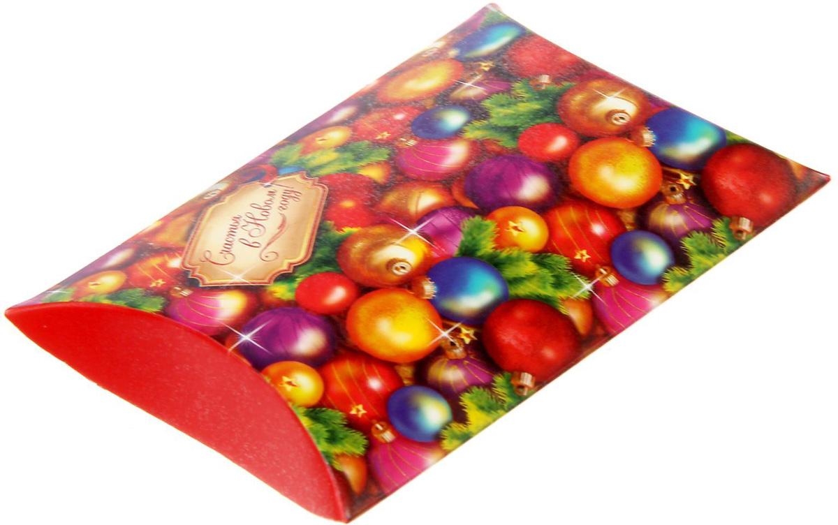 Коробка сборная фигурная Sima-land Счастья в Новом году!, 11 х 8 см1383892Любой подарок начинается с упаковки. Что может быть трогательнее и волшебнее, чем ритуал разворачивания полученного презента. И именно оригинальная, со вкусом выбранная упаковка выделит ваш подарок из массы других. Подарочная коробка Sima-land продемонстрирует самые теплые чувства к виновнику торжества и создаст сказочную атмосферу праздника.