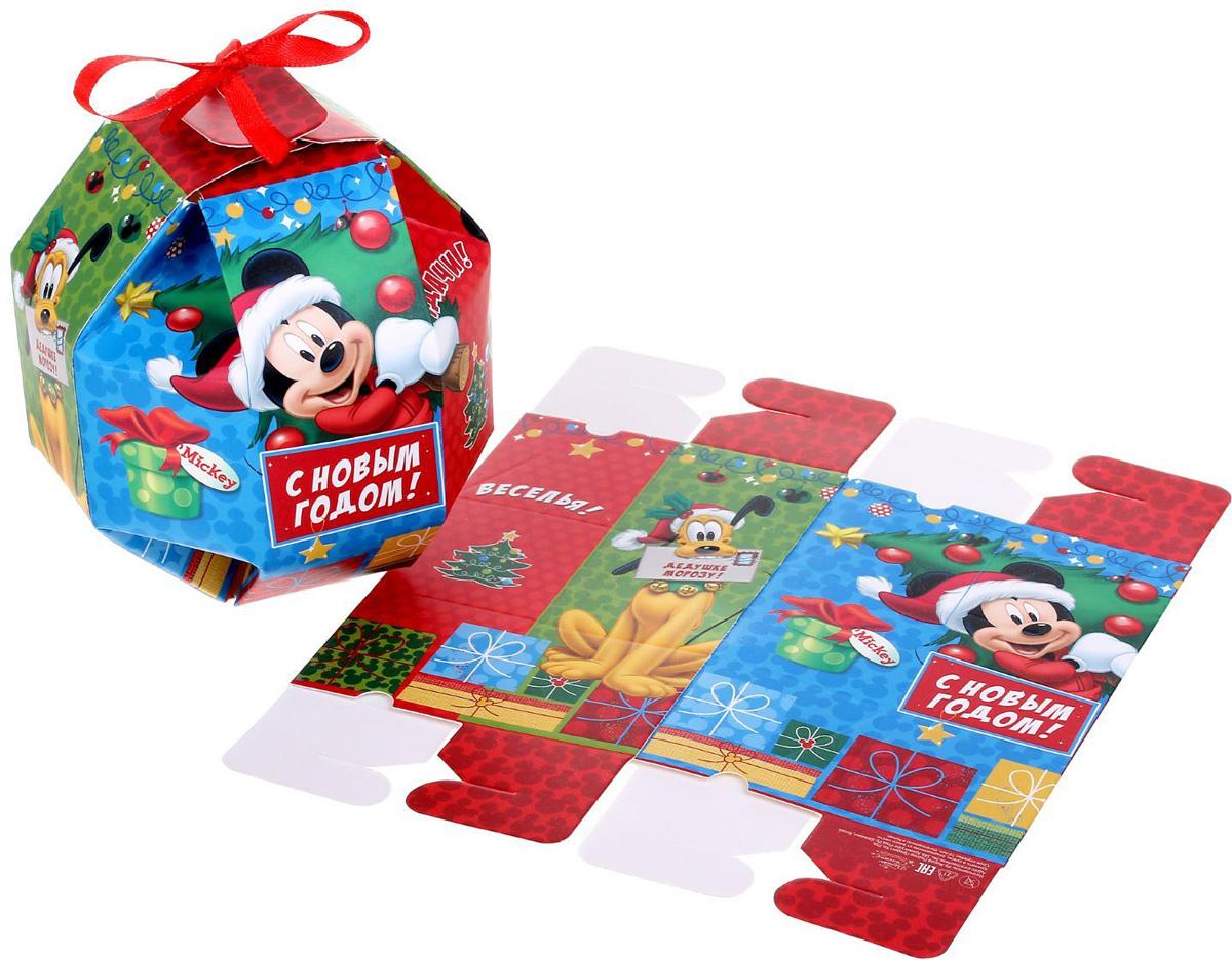 Коробка складная Disney Счастья! Микки Маус и его друзья, 10 х 10 x 10 см1398642Коробка складная Disney Счастья! Микки Маус и его друзья выполнена из картона. Любой подарок начинается с упаковки. Что может быть трогательнее и волшебнее, чем ритуал разворачивания полученного презента. И именно оригинальная, со вкусом выбранная упаковка выделит ваш подарок из массы других. Она продемонстрирует самые теплые чувства к виновнику торжества и создаст сказочную атмосферу праздника. Размер коробки в сложенном виде: 10 х 10 x 10 см.