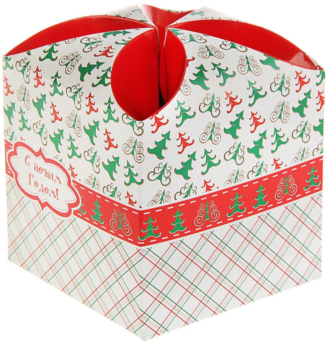 Подарочная коробка Sima-land Скатёрка, сборная, 9 х 9 х 9,5 см1689943Сделанная своими руками оригинальная упаковка выделит презент из массы других, расскажет о ваших тёплых чувствах, наполнит праздник сказочной атмосферой. Благодаря нашему набору для творчества сделать её не составит труда! Следуйте инструкции, и вы легко создадите яркую, привлекающую внимание коробочку.