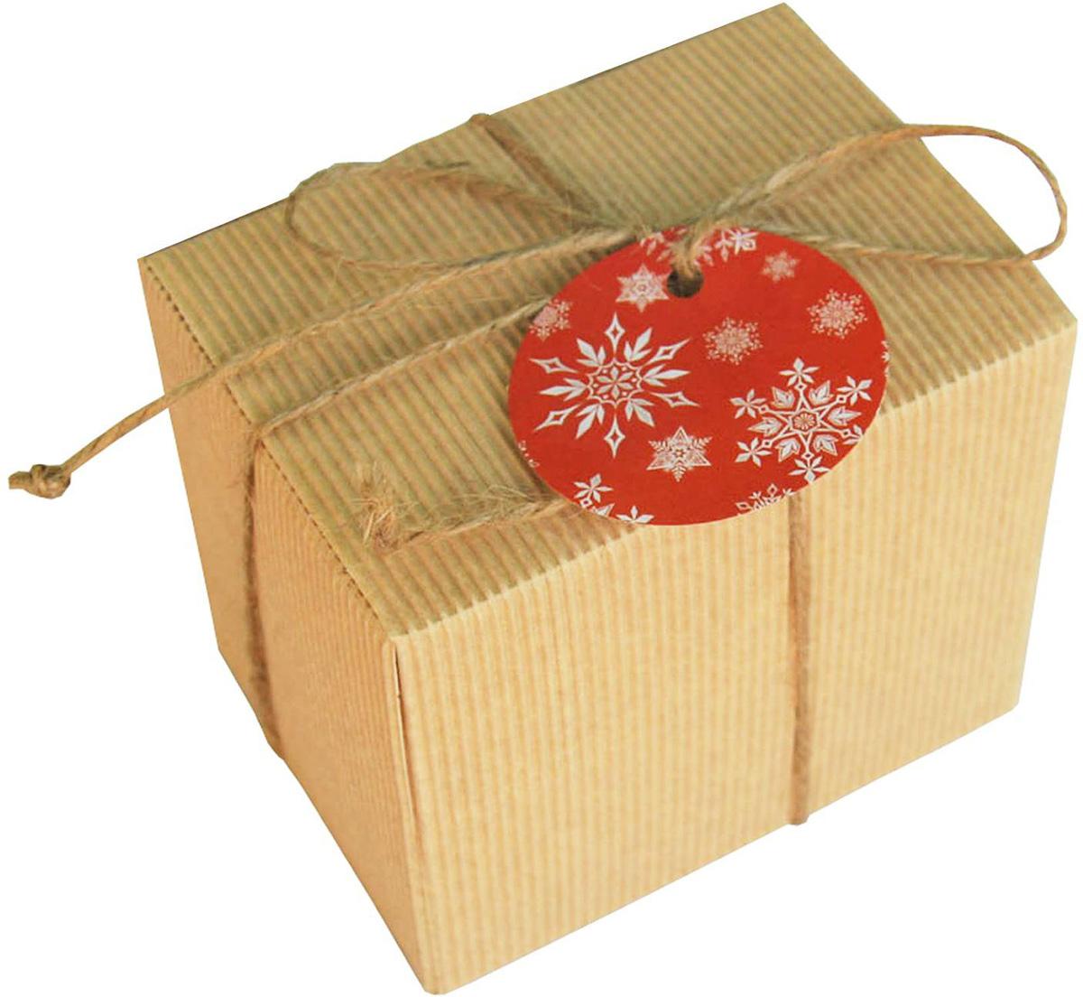 Коробка подарочная Sima-land Снежинки, 11 х 8,5 х 10 см1695923Любой подарок начинается с упаковки. Что может быть трогательнее и волшебнее, чем ритуал разворачивания полученного презента. И именно оригинальная, со вкусом выбранная упаковка выделит ваш подарок из массы других. Подарочная коробка Sima-land продемонстрирует самые теплые чувства к виновнику торжества и создаст сказочную атмосферу праздника.