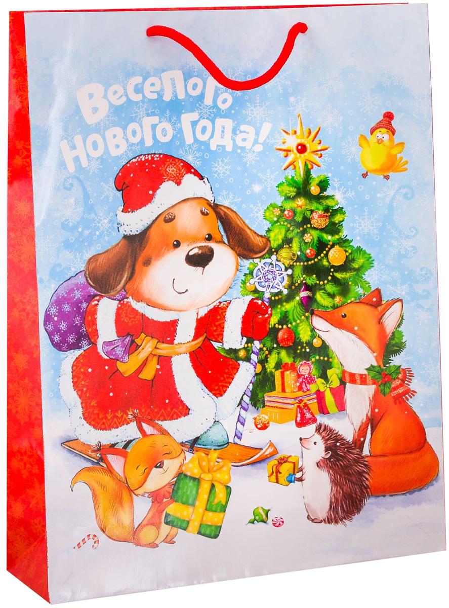 Пакет подарочный Дарите Счастье Новогоднее веселье, вертикальный, 31 х 40 х 9 см2113724Привлекательная упаковка послужит достойным украшением любого, даже самого скромного подарка. Она поможет создать интригу и продлить время предвкушения чуда - момента, когда презент окажется в руках адресата. Подарочный пакет Дарите Счастье Новогоднее веселье имеет яркий, оригинальный дизайн, который обязательно понравится получателю! Изделие выполнено из плотной бумаги, благодаря чему обеспечит надёжную защиту содержимого.Размер: 31 х 40 х 9 см.
