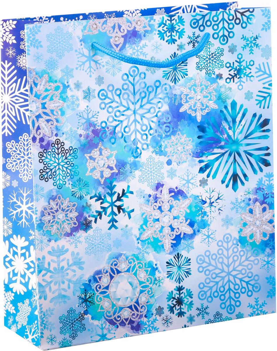 Пакет подарочный Дарите Счастье Морозные снежинки, вертикальный, 23 х 27 х 8 см2113798Привлекательная упаковка послужит достойным украшением любого, даже самого скромного подарка. Она поможет создать интригу и продлить время предвкушения чуда - момента, когда презент окажется в руках адресата. Подарочный пакет Дарите Счастье Морозные снежинки имеет яркий, оригинальный дизайн, который обязательно понравится получателю! Изделие выполнено из плотной бумаги, благодаря чему обеспечит надёжную защиту содержимого.Размер: 23 х 27 х 8 см.