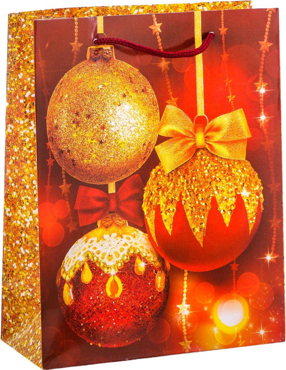 Пакет подарочный Дарите Счастье Новогодние шары, вертикальный, 18 х 23 х 8 см2113830Привлекательная упаковка послужит достойным украшением любого, даже самого скромного подарка. Она поможет создать интригу и продлить время предвкушения чуда - момента, когда презент окажется в руках адресата. Подарочный пакет Дарите Счастье Новогодние шары имеет яркий, оригинальный дизайн, который обязательно понравится получателю! Изделие выполнено из плотной бумаги, благодаря чему обеспечит надёжную защиту содержимого.Размер: 18 х 23 х 8 см.