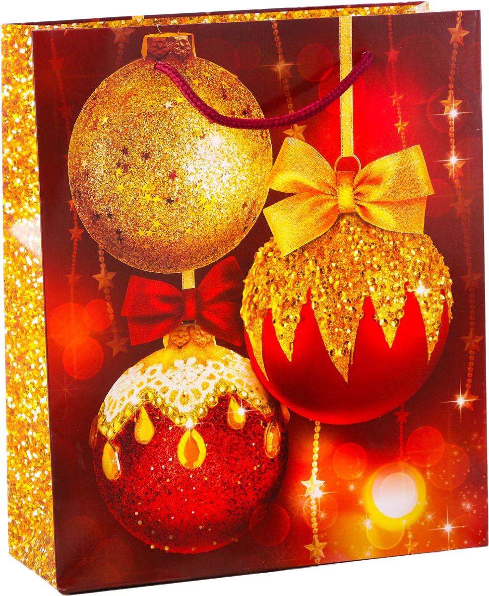 Пакет подарочный Дарите Счастье Новогодние шары, вертикальный, 23 х 27 х 8 см2113831Привлекательная упаковка послужит достойным украшением любого, даже самого скромного подарка. Она поможет создать интригу и продлить время предвкушения чуда - момента, когда презент окажется в руках адресата.Подарочный пакет Дарите Счастье Новогодние шары имеет яркий, оригинальный дизайн, который обязательно понравится получателю! Изделие выполнено из плотной бумаги, благодаря чему обеспечит надёжную защиту содержимого. Размер: 23 х 27 х 8 см.