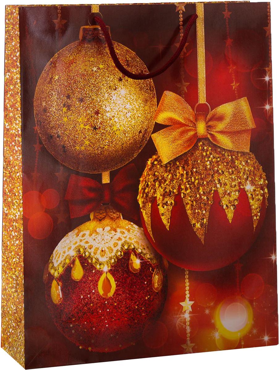 Пакет подарочный Дарите Счастье Новогодние шары, вертикальный, 31 х 40 х 9 см2113832Привлекательная упаковка послужит достойным украшением любого, даже самого скромного подарка. Она поможет создать интригу и продлить время предвкушения чуда - момента, когда презент окажется в руках адресата. Подарочный пакет Дарите Счастье Новогодние шары имеет яркий, оригинальный дизайн, который обязательно понравится получателю! Изделие выполнено из плотной бумаги, благодаря чему обеспечит надёжную защиту содержимого.Размер: 31 х 40 х 9 см.