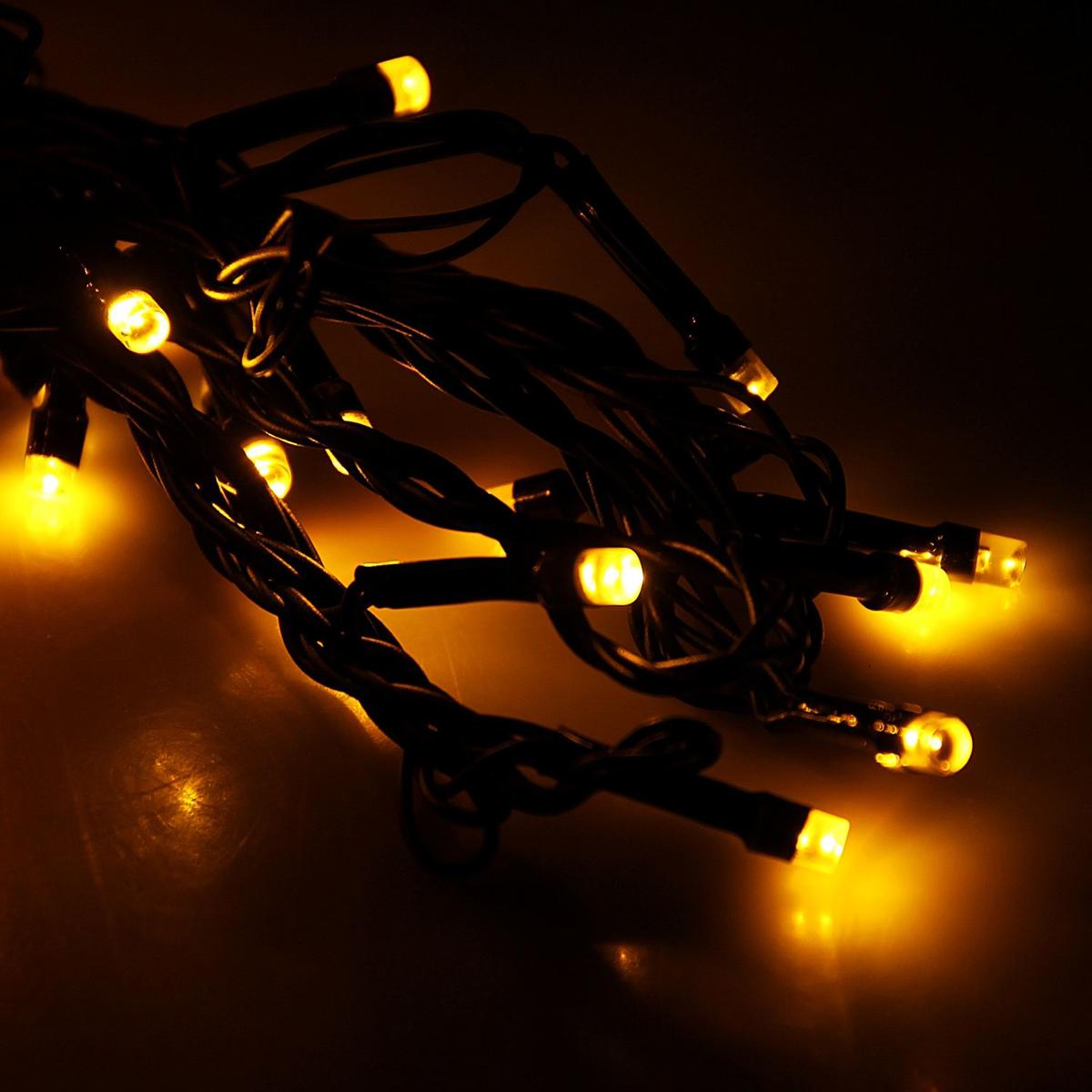 Гирлянда светодиодная Luazon Метраж, 8 режимов, 50 ламп, 220 V, 5,2 м, цвет: желтый. 10803441080344Светодиодные гирлянды, ленты и т.д. — это отличный вариант для новогоднего оформления интерьера или фасада. С их помощью помещение любого размера можно превратить в праздничный зал, а внешние элементы зданий, украшенные ими, мгновенно станут напоминать очертания сказочного дворца. Такие украшения создают ауру предвкушения чуда. Деревья, фасады, витрины, окна и арки будто специально созданы, чтобы вы украсили их светящимися нитями.