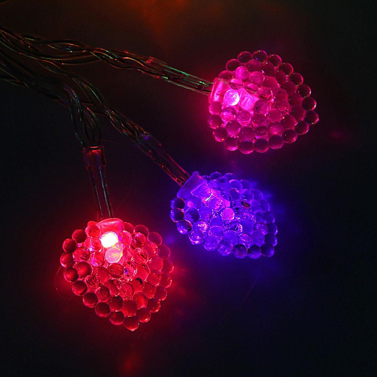 Гирлянда светодиодная Luazon Метраж. Сердце малое, 20 ламп, 3,6 V, длина 3 м1080370Светодиодные гирлянды и ленты — это отличный вариант для новогоднего оформления интерьера или фасада. С их помощью помещение любого размера можно превратить в праздничный зал, а внешние элементы зданий, украшенные ими, мгновенно станут напоминать очертания сказочного дворца. Такие украшения создают ауру предвкушения чуда. Деревья, фасады, витрины, окна и арки будто специально созданы, чтобы вы украсили их светящимися нитями.
