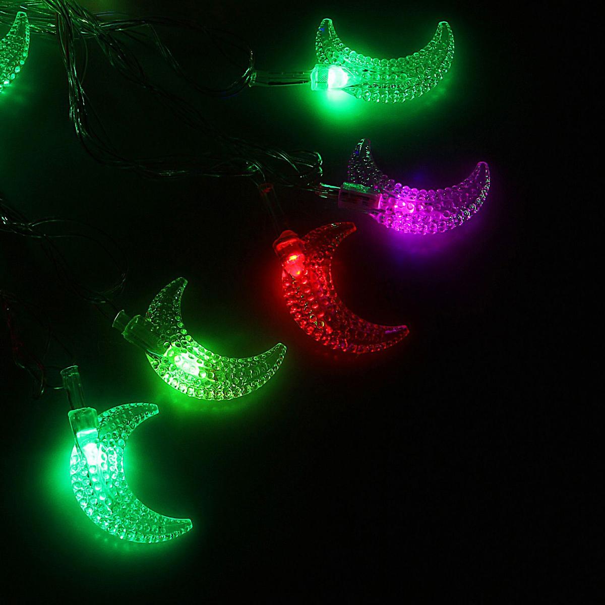 Гирлянда светодиодная Luazon Метраж. Полумесяц в крапинку, 20 ламп, 220 V, длина 5 м1080391Светодиодные гирлянды и ленты — это отличный вариант для новогоднего оформления интерьера или фасада. С их помощью помещение любого размера можно превратить в праздничный зал, а внешние элементы зданий, украшенные ими, мгновенно станут напоминать очертания сказочного дворца. Такие украшения создают ауру предвкушения чуда. Деревья, фасады, витрины, окна и арки будто специально созданы, чтобы вы украсили их светящимися нитями.