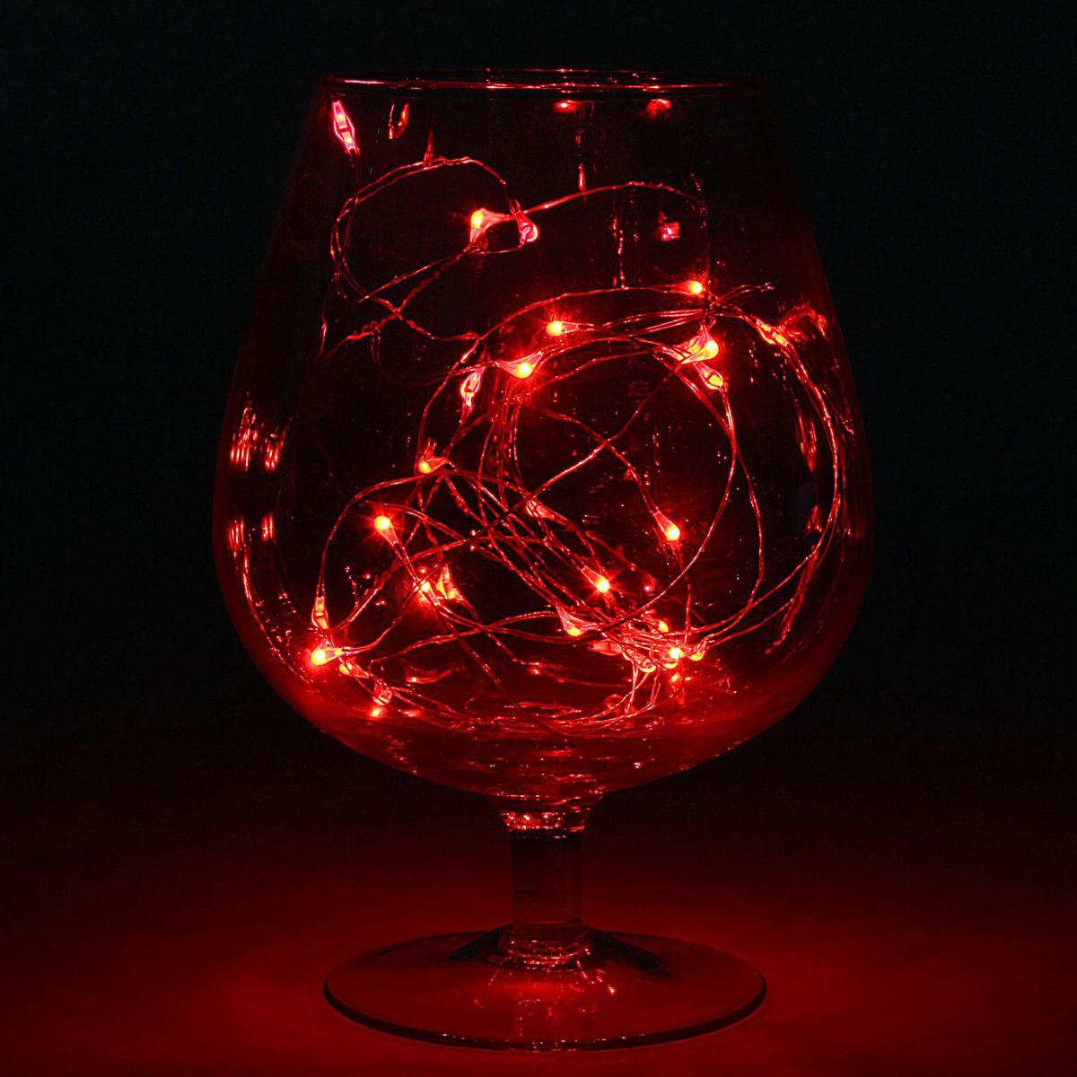 Гирлянда светодиодная Luazon Метраж. Капля росы, цвет: красный, 30 ламп, 2 режима, 3,6 V, длина 3 м1080590Светодиодные гирлянды и ленты — это отличный вариант для новогоднего оформления интерьера или фасада. С их помощью помещение любого размера можно превратить в праздничный зал, а внешние элементы зданий, украшенные ими, мгновенно станут напоминать очертания сказочного дворца. Такие украшения создают ауру предвкушения чуда. Деревья, фасады, витрины, окна и арки будто специально созданы, чтобы вы украсили их светящимися нитями.