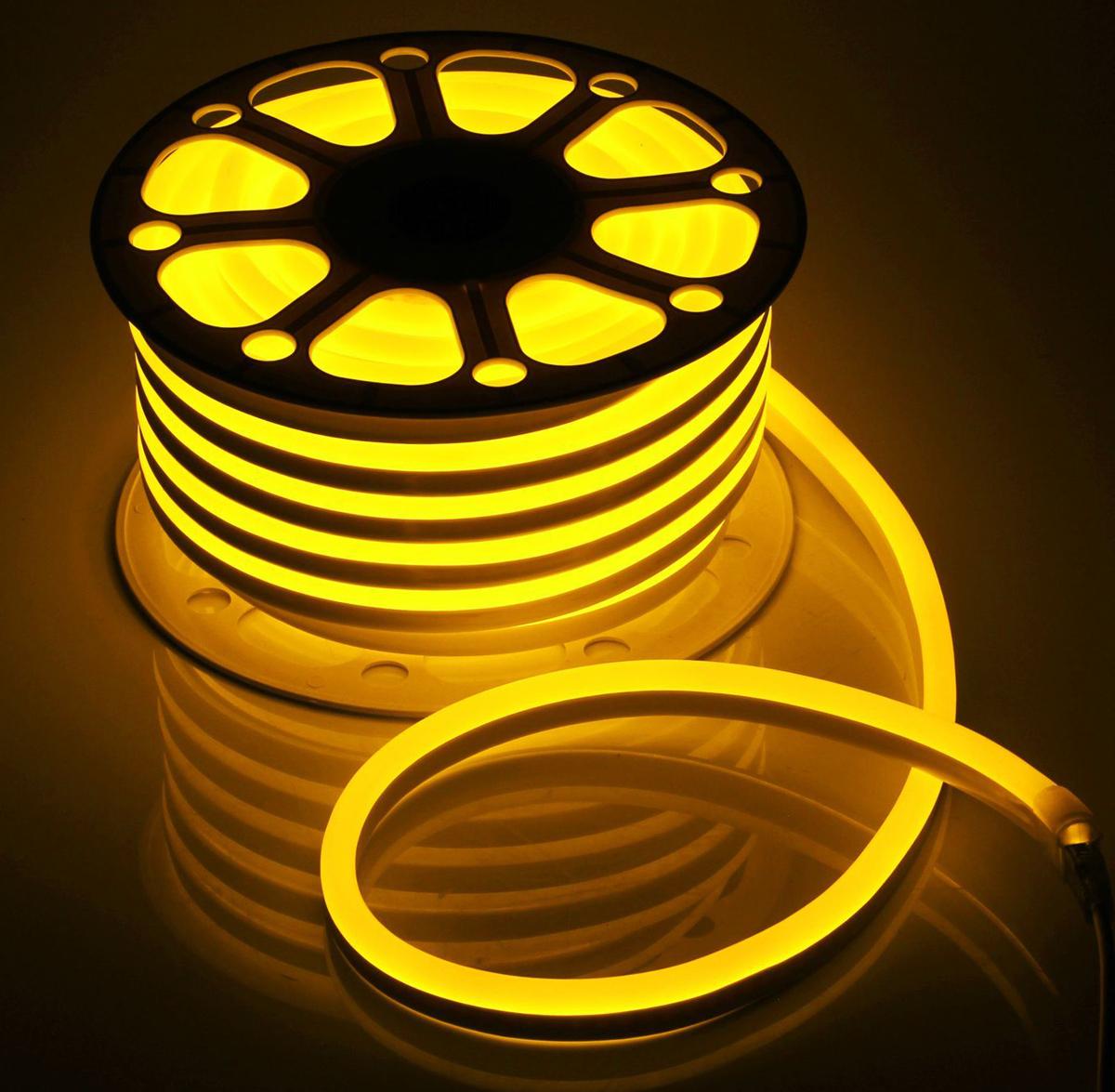 Гирлянда светодиодная  Luazon , 120 ламп, 220 V, цвет: желтый, 1,5 см х 2,5 см х 25 м. 1431315 -  Гирлянды и светильники