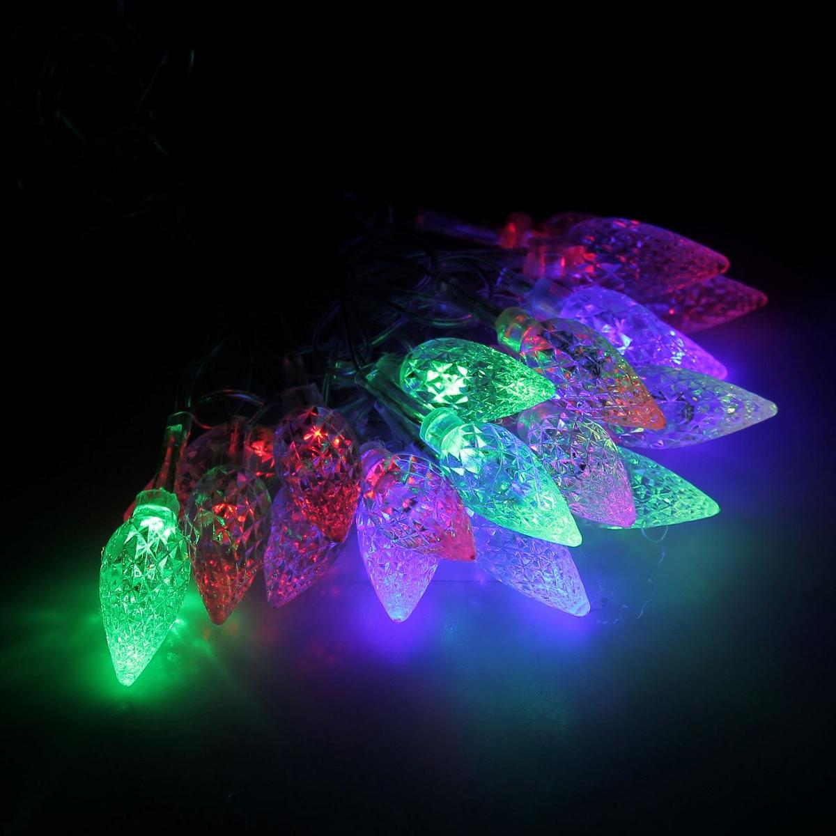Гирлянда светодиодная Luazon Метраж. Шишки, с насадкой, моргает, 20 ламп, 220 V, 5 м, цвет: мультиколор. 185508185508Светодиодные гирлянды, ленты и т.д. — это отличный вариант для новогоднего оформления интерьера или фасада. С их помощью помещение любого размера можно превратить в праздничный зал, а внешние элементы зданий, украшенные ими, мгновенно станут напоминать очертания сказочного дворца. Такие украшения создают ауру предвкушения чуда. Деревья, фасады, витрины, окна и арки будто специально созданы, чтобы вы украсили их светящимися нитями.