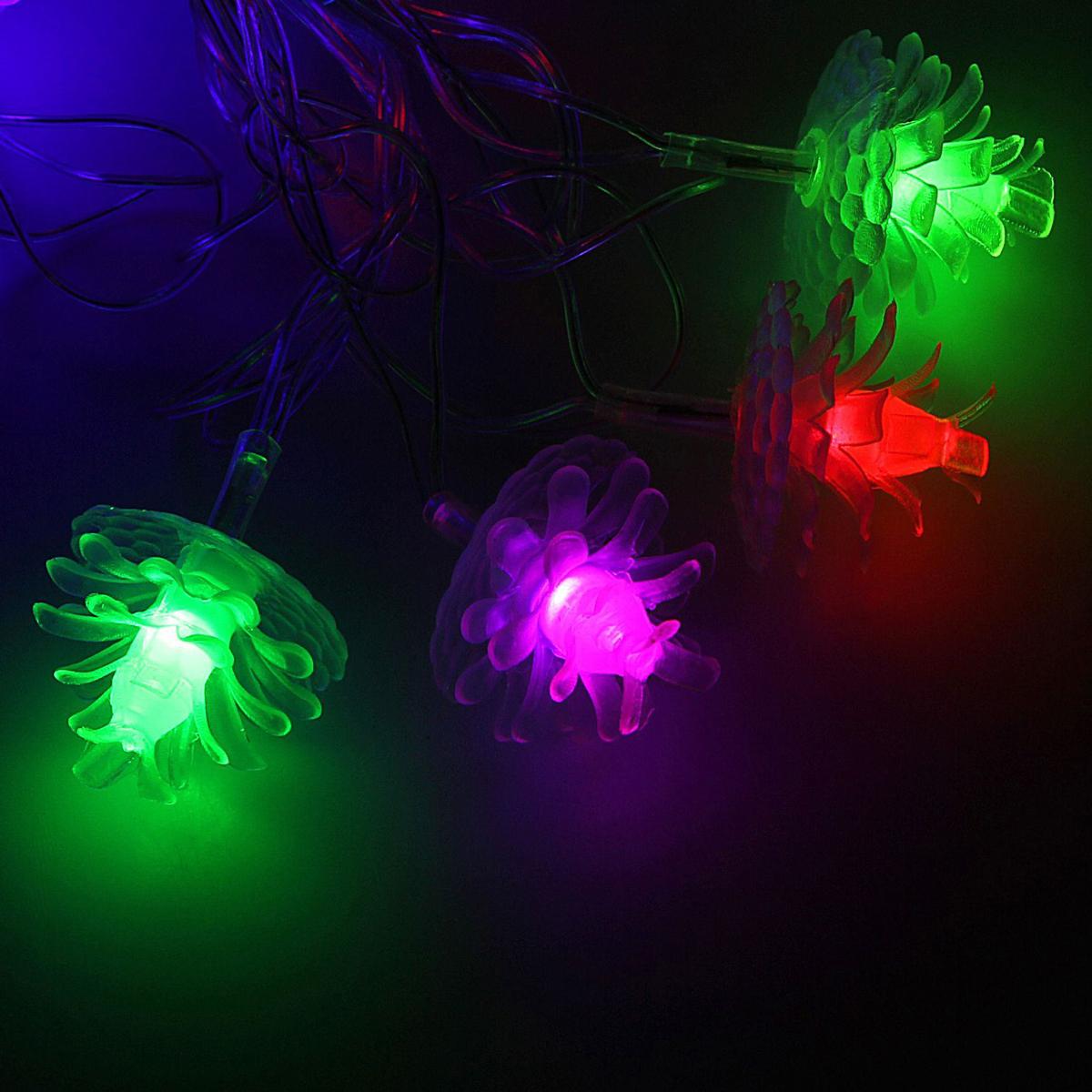 Гирлянда светодиодная Luazon Метраж. Шишки 3D, с насадкой, моргает, 20 ламп, 220 V, 5 м, цвет: мультиколор. 185514185514Светодиодные гирлянды, ленты и т.д. — это отличный вариант для новогоднего оформления интерьера или фасада. С их помощью помещение любого размера можно превратить в праздничный зал, а внешние элементы зданий, украшенные ими, мгновенно станут напоминать очертания сказочного дворца. Такие украшения создают ауру предвкушения чуда. Деревья, фасады, витрины, окна и арки будто специально созданы, чтобы вы украсили их светящимися нитями.