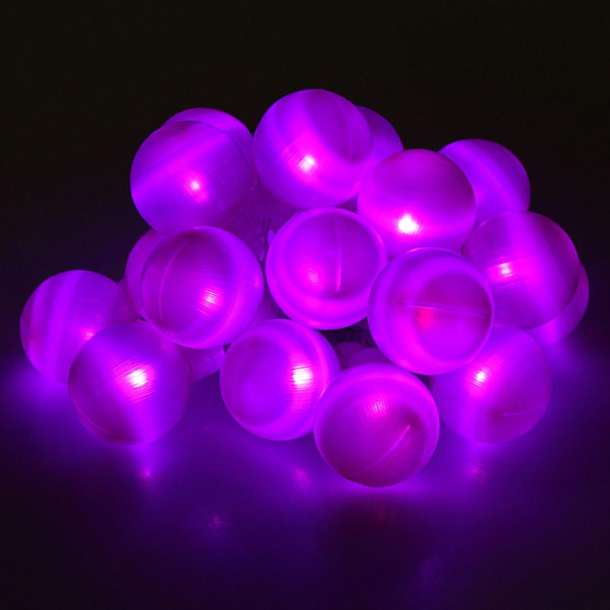 Гирлянда светодиодная Luazon Метраж. Большие шарики, с насадкой, фиксинг, 20 ламп, 220 V, 6 м, цвет: фиолетовый. 186619186619Светодиодные гирлянды, ленты и т.д. — это отличный вариант для новогоднего оформления интерьера или фасада. С их помощью помещение любого размера можно превратить в праздничный зал, а внешние элементы зданий, украшенные ими, мгновенно станут напоминать очертания сказочного дворца. Такие украшения создают ауру предвкушения чуда. Деревья, фасады, витрины, окна и арки будто специально созданы, чтобы вы украсили их светящимися нитями.