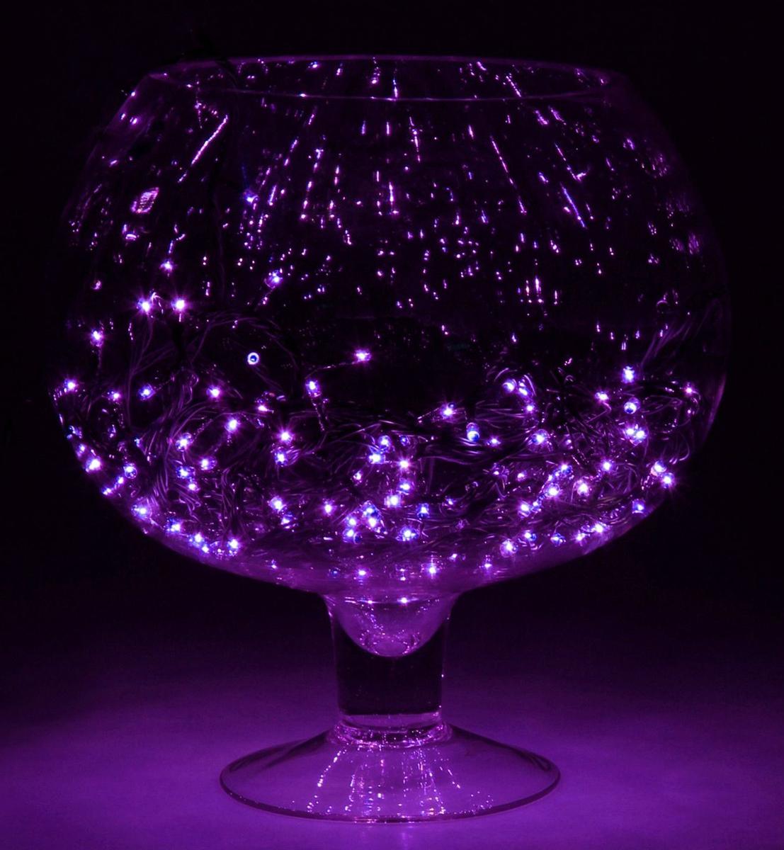 Гирлянда Luazon Метраж, 8 режимов, 240 ламп, 220 V, 9 м, цвет: фиолетовый. 187159187159Светодиодные гирлянды, ленты и т.д. — это отличный вариант для новогоднего оформления интерьера или фасада. С их помощью помещение любого размера можно превратить в праздничный зал, а внешние элементы зданий, украшенные ими, мгновенно станут напоминать очертания сказочного дворца. Такие украшения создают ауру предвкушения чуда. Деревья, фасады, витрины, окна и арки будто специально созданы, чтобы вы украсили их светящимися нитями.