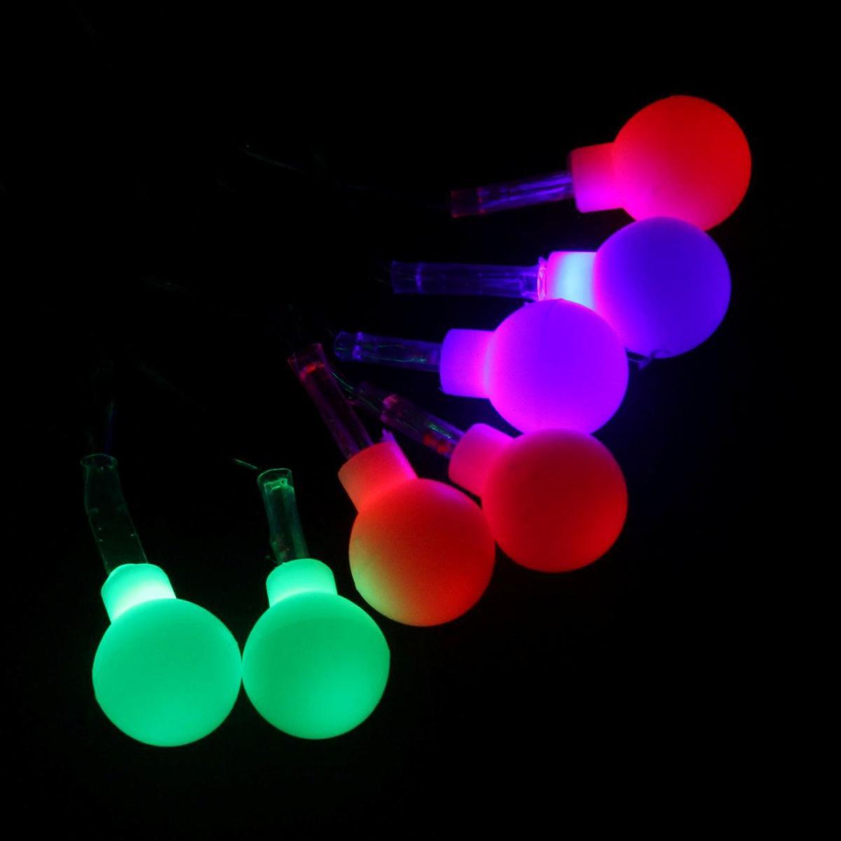 Гирлянда светодиодная Luazon Метраж. Шарики, с насадкой, моргает, 20 ламп, 220 V, 5 м, цвет: мультиколор. 541526541526Светодиодные гирлянды, ленты и т.д. — это отличный вариант для новогоднего оформления интерьера или фасада. С их помощью помещение любого размера можно превратить в праздничный зал, а внешние элементы зданий, украшенные ими, мгновенно станут напоминать очертания сказочного дворца. Такие украшения создают ауру предвкушения чуда. Деревья, фасады, витрины, окна и арки будто специально созданы, чтобы вы украсили их светящимися нитями.