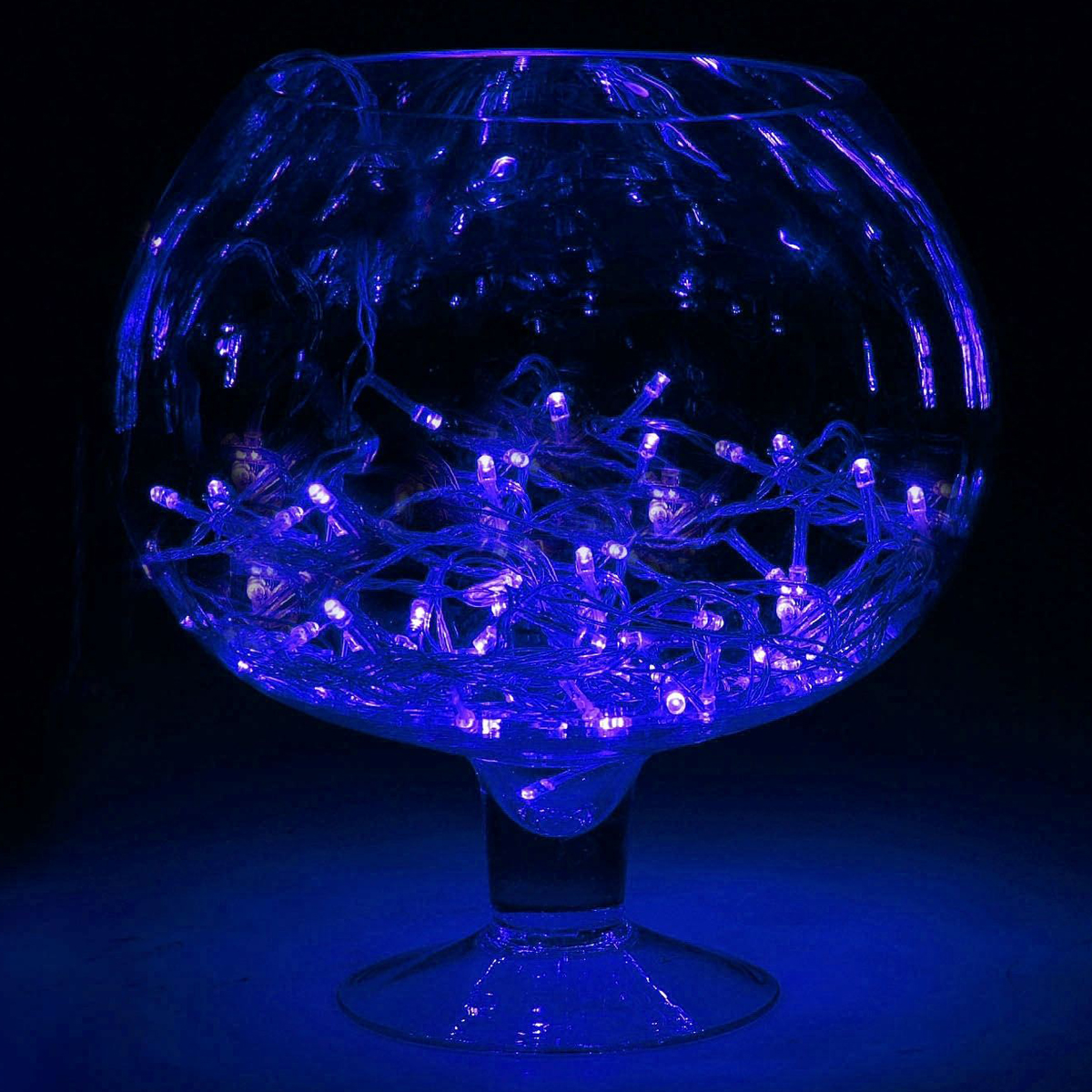 Гирлянда светодиодная Luazon Метраж, 8 режимов, 50 ламп, 220 V, 5,2 м, цвет: синий. 671029671029Светодиодные гирлянды, ленты и т.д. — это отличный вариант для новогоднего оформления интерьера или фасада. С их помощью помещение любого размера можно превратить в праздничный зал, а внешние элементы зданий, украшенные ими, мгновенно станут напоминать очертания сказочного дворца. Такие украшения создают ауру предвкушения чуда. Деревья, фасады, витрины, окна и арки будто специально созданы, чтобы вы украсили их светящимися нитями.