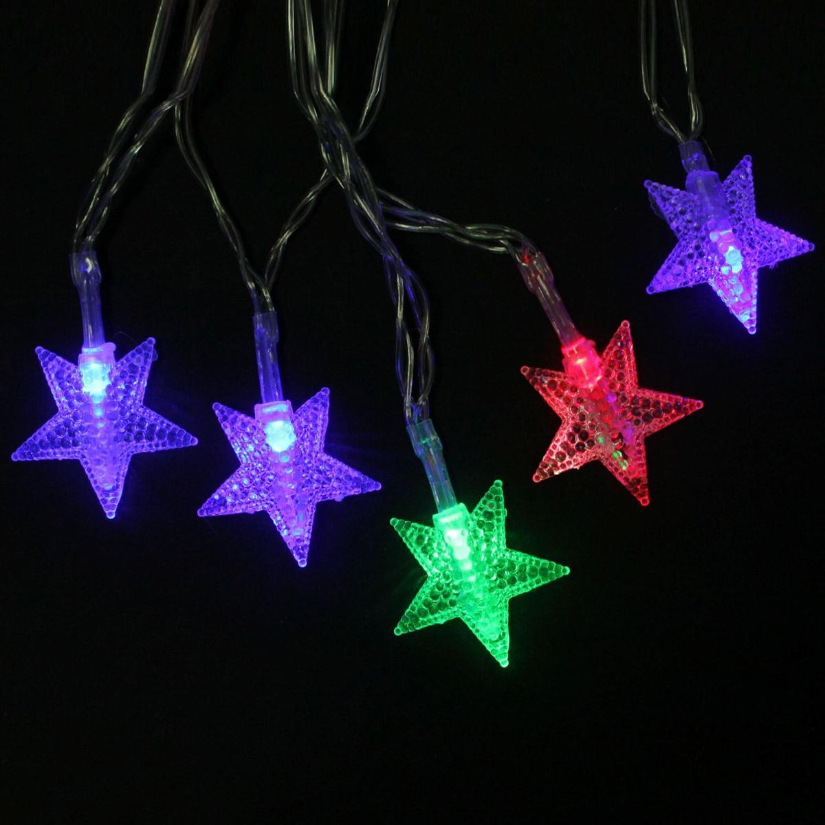 Гирлянда светодиодная Luazon Метраж. Звезды, 20 ламп, 3,6 V, длина 3 м806825Светодиодные гирлянды и ленты — это отличный вариант для новогоднего оформления интерьера или фасада. С их помощью помещение любого размера можно превратить в праздничный зал, а внешние элементы зданий, украшенные ими, мгновенно станут напоминать очертания сказочного дворца. Такие украшения создают ауру предвкушения чуда. Деревья, фасады, витрины, окна и арки будто специально созданы, чтобы вы украсили их светящимися нитями.