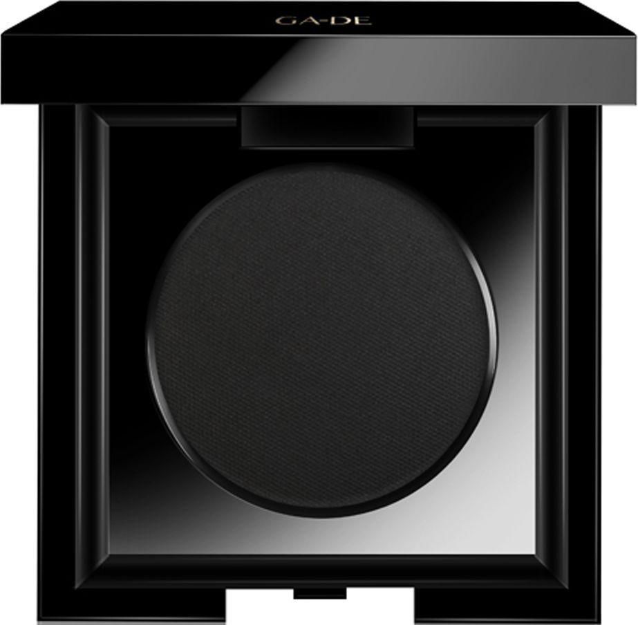 GA-DE Тени для век Velveteen Matte, тон №232 Pure Black, 3,5 г119500232Шелковистые матовые тени для век в роскошном матовом футляре. Мягкая шелковистая текстура теней обеспечивает комфортное нанесение и невероятную стойкость. Микронизированные насыщенные пигменты передадут точность цвета и сделают макияж ярким и стойким.Для усиления и яркости цвета используйте влажный способ нанесения теней.Содержит масло миндаля – для интенсивного питания и ухода за нежной кожей век.