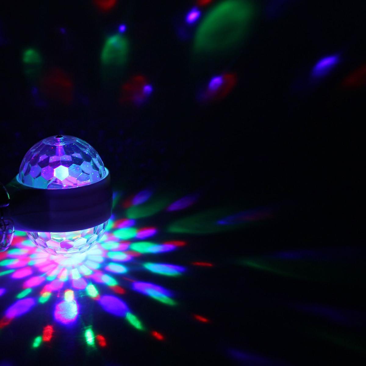 Лампа Luazon Хрустальный шар, диаметр 9 см, двухсторонняя, V220, цоколь Е271353033Светодиодные гирлянды, ленты и т.д — это отличный вариант для новогоднего оформления интерьера или фасада. С их помощью помещение любого размера можно превратить в праздничный зал, а внешние элементы зданий, украшенные ими, мгновенно станут напоминать очертания сказочного дворца. Такие украшения создают ауру предвкушения чуда. Деревья, фасады, витрины, окна и арки будто специально созданы, чтобы вы украсили их светящимися нитями.