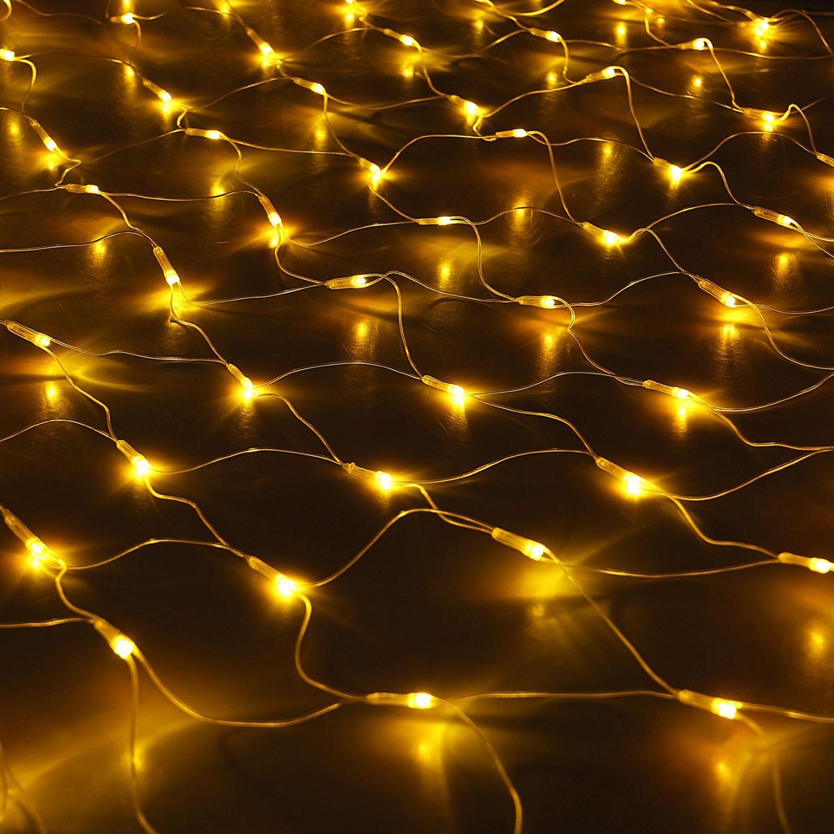 Гирлянда Luazon Сетка, длина 1,6 м, LED 144 ламп, 220V, цвет: желтый1585750Светодиодные гирлянды, ленты и т.д — это отличный вариант для новогоднего оформления интерьера или фасада. С их помощью помещение любого размера можно превратить в праздничный зал, а внешние элементы зданий, украшенные ими, мгновенно станут напоминать очертания сказочного дворца. Такие украшения создают ауру предвкушения чуда. Деревья, фасады, витрины, окна и арки будто специально созданы, чтобы вы украсили их светящимися нитями.