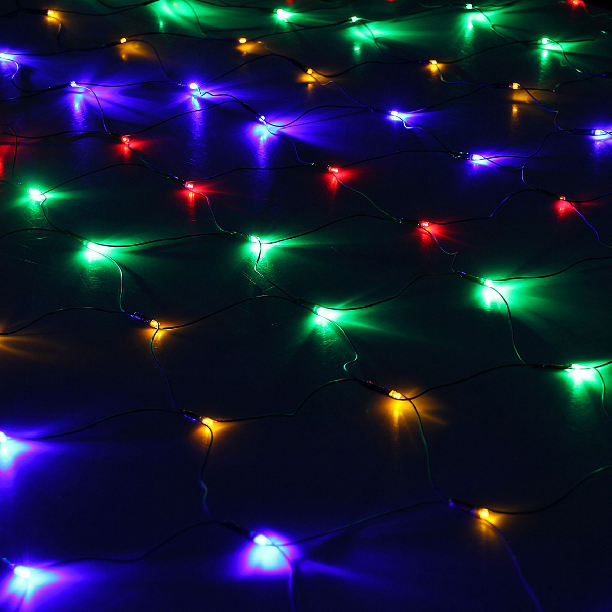 Гирлянда Luazon Сетка, диаметр 1,5 м, LED 204 ламп, 220V, цвет: мультиколор1585760Светодиодные гирлянды, ленты и т.д — это отличный вариант для новогоднего оформления интерьера или фасада. С их помощью помещение любого размера можно превратить в праздничный зал, а внешние элементы зданий, украшенные ими, мгновенно станут напоминать очертания сказочного дворца. Такие украшения создают ауру предвкушения чуда. Деревья, фасады, витрины, окна и арки будто специально созданы, чтобы вы украсили их светящимися нитями.