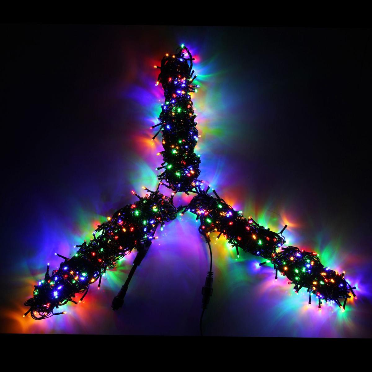 Гирлянда Luazon Клип лайт, длина 20 м, LED 600 ламп, 24В, цвет: мультиколор1586037Светодиодные гирлянды, ленты и т.д — это отличный вариант для новогоднего оформления интерьера или фасада. С их помощью помещение любого размера можно превратить в праздничный зал, а внешние элементы зданий, украшенные ими, мгновенно станут напоминать очертания сказочного дворца. Такие украшения создают ауру предвкушения чуда. Деревья, фасады, витрины, окна и арки будто специально созданы, чтобы вы украсили их светящимися нитями.
