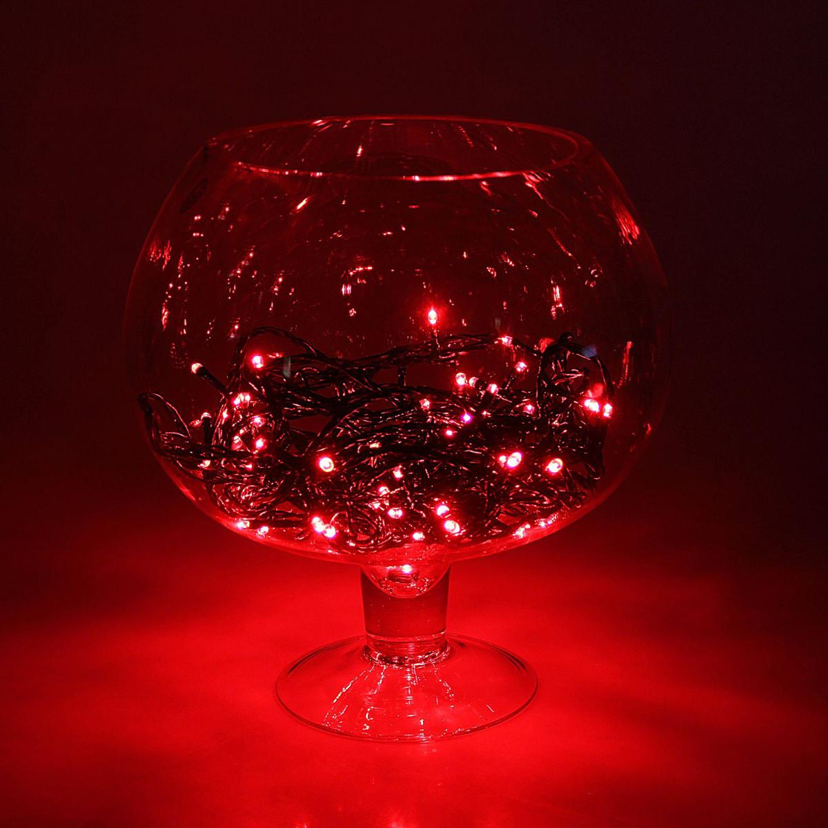 Гирлянда Luazon Метраж, длина 10 м, LED 100 ламп, 24В, цвет: красный. 16720341672034Светодиодные гирлянды, ленты и т.д — это отличный вариант для новогоднего оформления интерьера или фасада. С их помощью помещение любого размера можно превратить в праздничный зал, а внешние элементы зданий, украшенные ими, мгновенно станут напоминать очертания сказочного дворца. Такие украшения создают ауру предвкушения чуда. Деревья, фасады, витрины, окна и арки будто специально созданы, чтобы вы украсили их светящимися нитями.