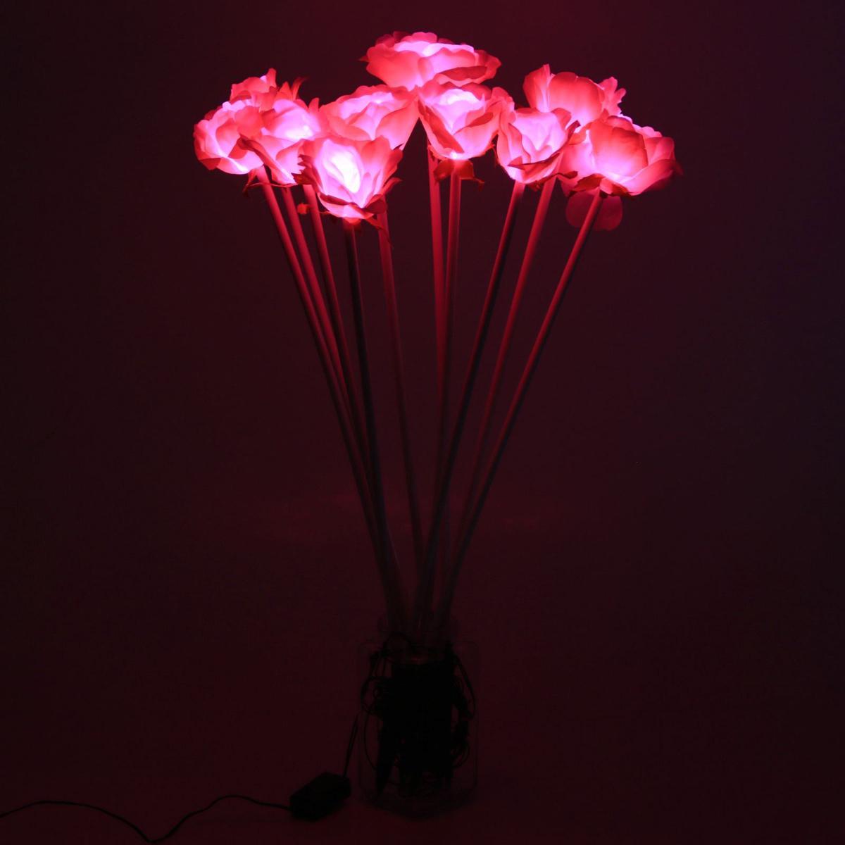 Светодиодная гирлянда Sima-land Розы, уличная, 10 ламп, 70 см, цвет: розовый2357399Светодиодные гирлянды, ленты и т.д — это отличный вариант для новогоднего оформления интерьера или фасада. С их помощью помещение любого размера можно превратить в праздничный зал, а внешние элементы зданий, украшенные ими, мгновенно станут напоминать очертания сказочного дворца. Такие украшения создают ауру предвкушения чуда. Деревья, фасады, витрины, окна и арки будто специально созданы, чтобы вы украсили их светящимися нитями.