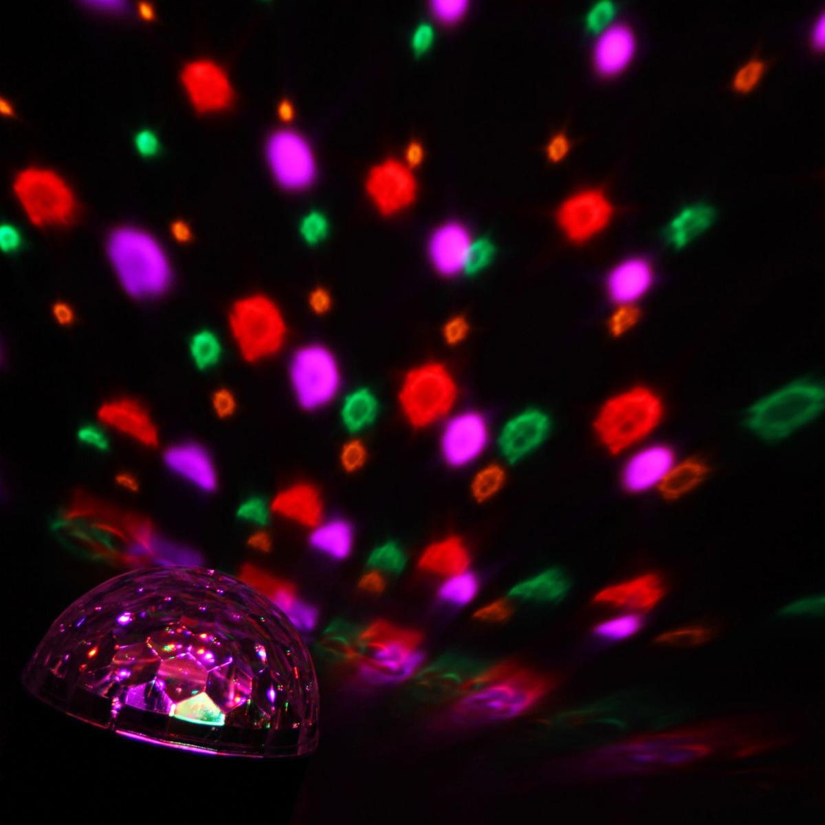 Световой прибор Luazon Хрустальный шар, диаметр 17,5 см с музыкой, V220667998Светодиодные гирлянды, ленты и т.д — это отличный вариант для новогоднего оформления интерьера или фасада. С их помощью помещение любого размера можно превратить в праздничный зал, а внешние элементы зданий, украшенные ими, мгновенно станут напоминать очертания сказочного дворца. Такие украшения создают ауру предвкушения чуда. Деревья, фасады, витрины, окна и арки будто специально созданы, чтобы вы украсили их светящимися нитями.