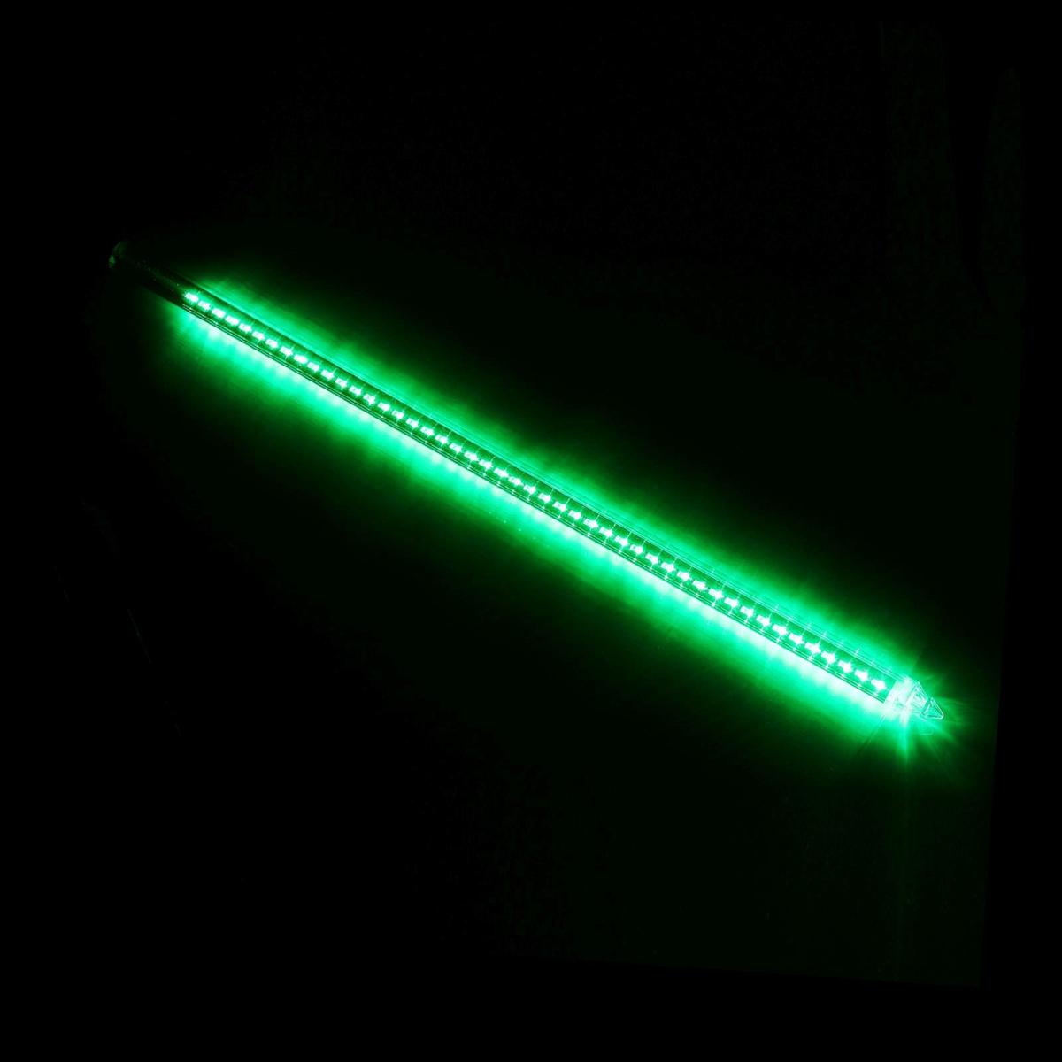 Светодиодная сосулька Luazon Тающая, длина 0,8 м, диаметр 2 см, LED 48 ламп, 220V, цвет: зеленый678027Светодиодные гирлянды, ленты и т.д — это отличный вариант для новогоднего оформления интерьера или фасада. С их помощью помещение любого размера можно превратить в праздничный зал, а внешние элементы зданий, украшенные ими, мгновенно станут напоминать очертания сказочного дворца. Такие украшения создают ауру предвкушения чуда. Деревья, фасады, витрины, окна и арки будто специально созданы, чтобы вы украсили их светящимися нитями.