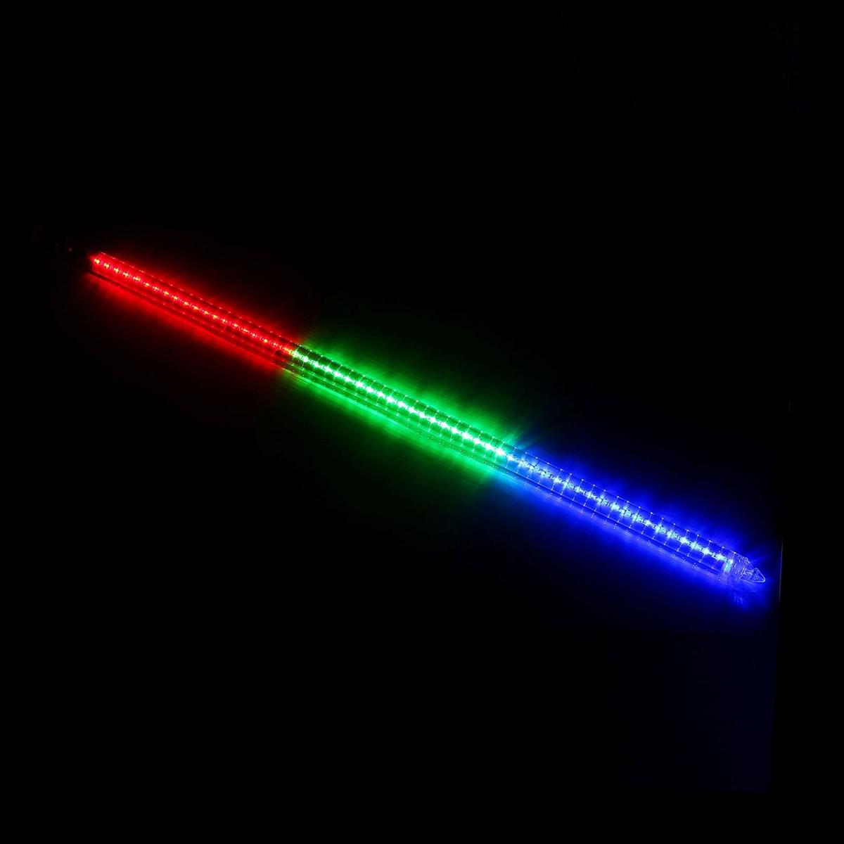 Светодиодная сосулька Luazon Тающая, длина 1 м, диаметр 3 см, LED 60 ламп, 220V, цвет: мультиколор501-217Светодиодные гирлянды, ленты и т.д — это отличный вариант для новогоднего оформления интерьера или фасада. С их помощью помещение любого размера можно превратить в праздничный зал, а внешние элементы зданий, украшенные ими, мгновенно станут напоминать очертания сказочного дворца. Такие украшения создают ауру предвкушения чуда. Деревья, фасады, витрины, окна и арки будто специально созданы, чтобы вы украсили их светящимися нитями.