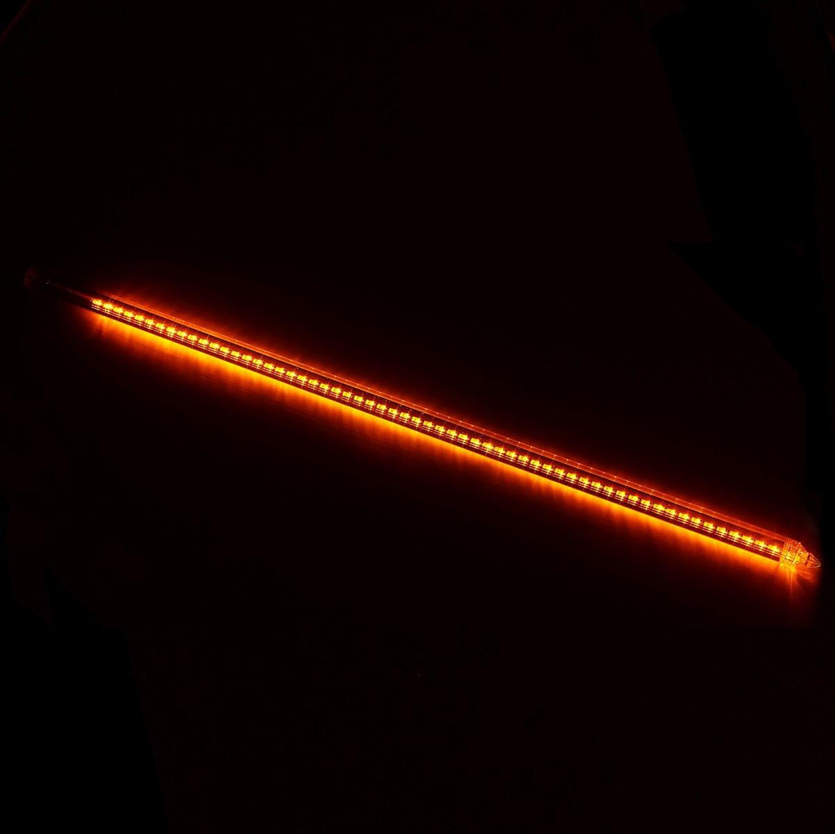 Светодиодная сосулька Luazon Тающая, длина 1 м, диаметр 3 см, LED 60 ламп, 220V, цвет: желтый678888Светодиодные гирлянды, ленты и т.д — это отличный вариант для новогоднего оформления интерьера или фасада. С их помощью помещение любого размера можно превратить в праздничный зал, а внешние элементы зданий, украшенные ими, мгновенно станут напоминать очертания сказочного дворца. Такие украшения создают ауру предвкушения чуда. Деревья, фасады, витрины, окна и арки будто специально созданы, чтобы вы украсили их светящимися нитями.