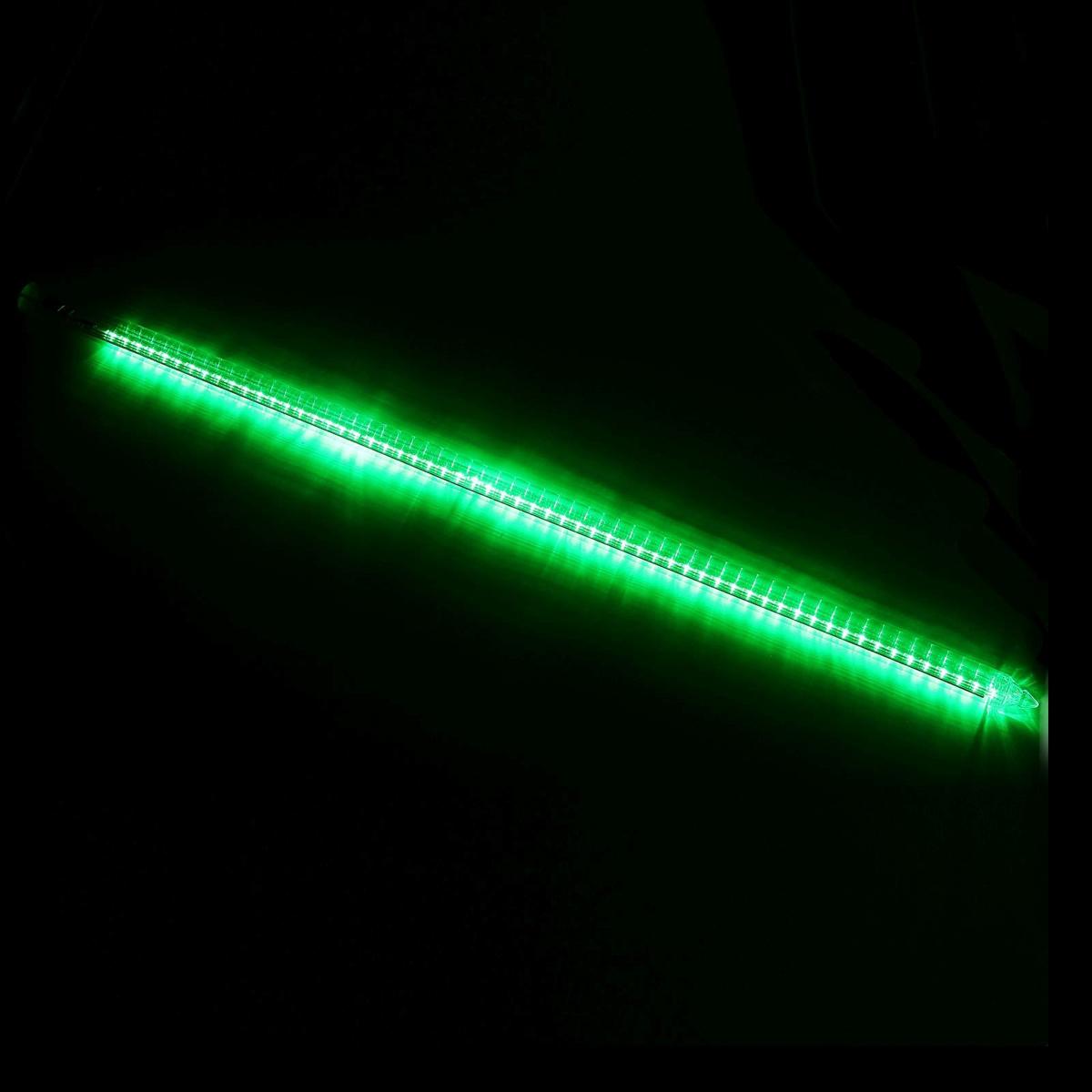 Светодиодная сосулька Luazon Тающая, длина 1 м, диаметр 3 см, LED 60 ламп, 220V, цвет: зеленый678889Светодиодные гирлянды, ленты и т.д — это отличный вариант для новогоднего оформления интерьера или фасада. С их помощью помещение любого размера можно превратить в праздничный зал, а внешние элементы зданий, украшенные ими, мгновенно станут напоминать очертания сказочного дворца. Такие украшения создают ауру предвкушения чуда. Деревья, фасады, витрины, окна и арки будто специально созданы, чтобы вы украсили их светящимися нитями.