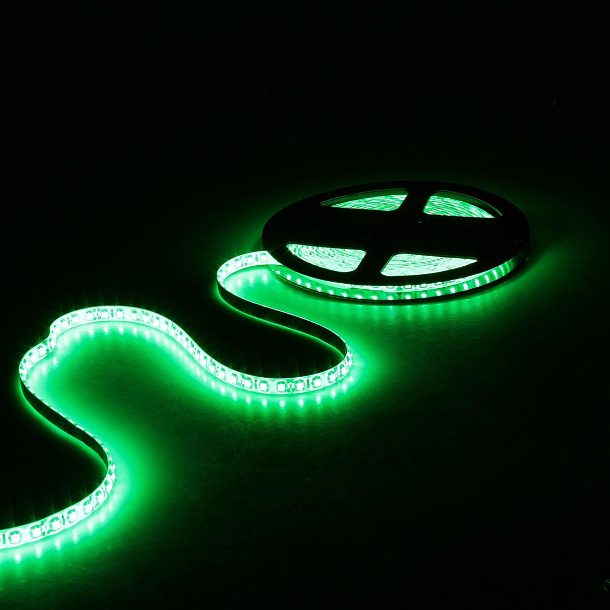 Светодиодная лента Sima-land, 12В, SMD3528, длина 5 м, IP65, 120 LED ламп, 9.6 Вт/м, 6-7 Лм/1 LED, DC, цвет: зеленый. 848546848546Светодиодные гирлянды, ленты и т.д — это отличный вариант для новогоднего оформления интерьера или фасада. С их помощью помещение любого размера можно превратить в праздничный зал, а внешние элементы зданий, украшенные ими, мгновенно станут напоминать очертания сказочного дворца. Такие украшения создают ауру предвкушения чуда. Деревья, фасады, витрины, окна и арки будто специально созданы, чтобы вы украсили их светящимися нитями.