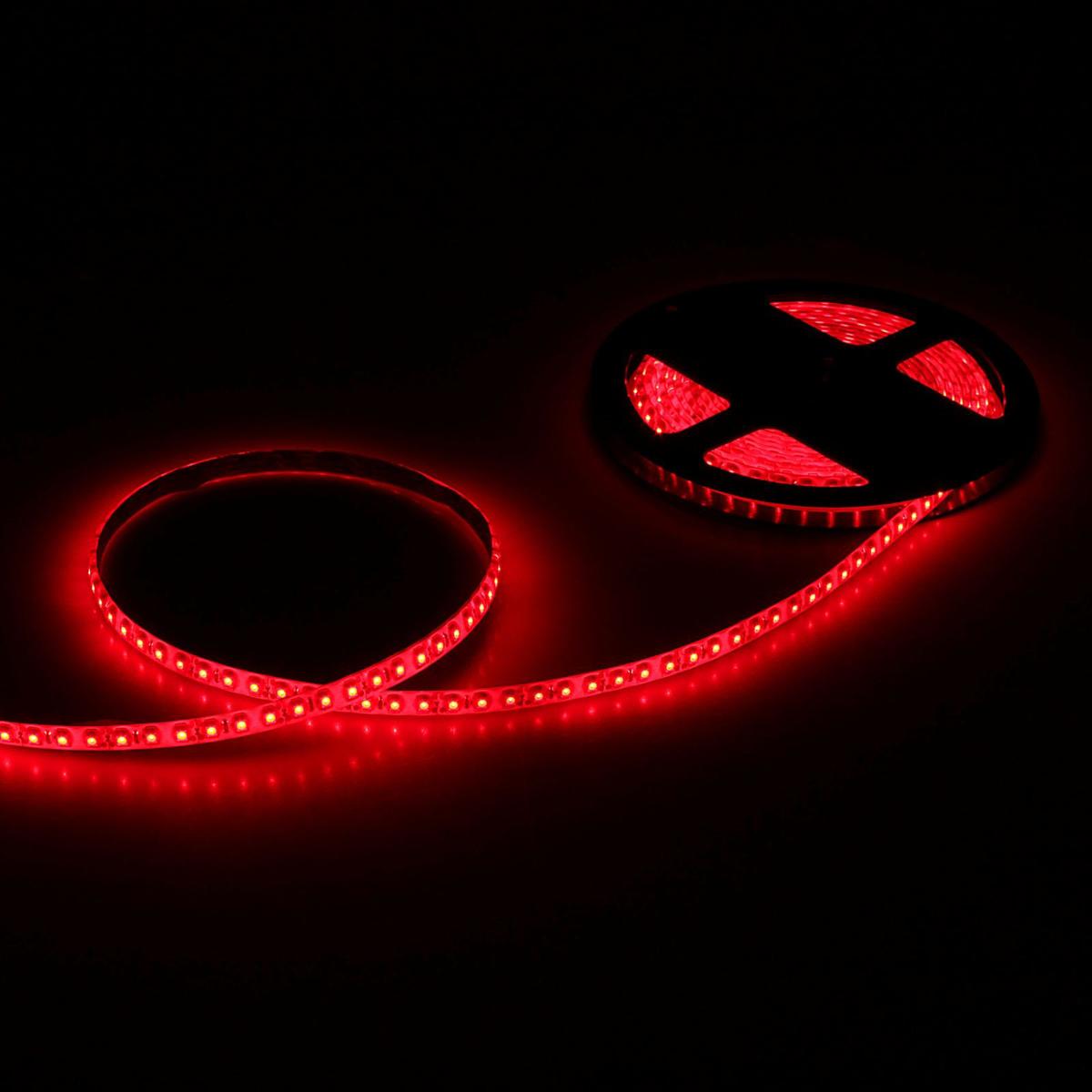Светодиодная лента Sima-land, 12В, SMD3528, длина 5 м, IP65, 120 LED ламп, 9.6 Вт/м, 6-7 Лм/1 LED, DC, цвет: красный. 848547848547Светодиодные гирлянды, ленты и т.д — это отличный вариант для новогоднего оформления интерьера или фасада. С их помощью помещение любого размера можно превратить в праздничный зал, а внешние элементы зданий, украшенные ими, мгновенно станут напоминать очертания сказочного дворца. Такие украшения создают ауру предвкушения чуда. Деревья, фасады, витрины, окна и арки будто специально созданы, чтобы вы украсили их светящимися нитями.