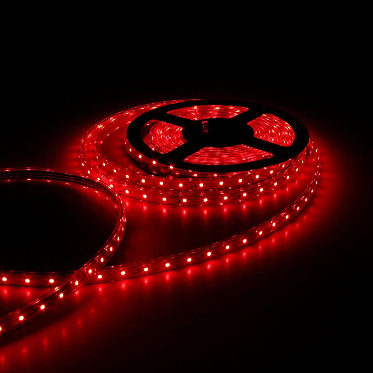 Светодиодная лента Sima-land, 12В, SMD3528, длина 5 м, IP68, 60 LED ламп, 4.8 Вт/м, 6-7 Лм/1 LED, DC, цвет: красный. 848567848567Светодиодные гирлянды, ленты и т.д — это отличный вариант для новогоднего оформления интерьера или фасада. С их помощью помещение любого размера можно превратить в праздничный зал, а внешние элементы зданий, украшенные ими, мгновенно станут напоминать очертания сказочного дворца. Такие украшения создают ауру предвкушения чуда. Деревья, фасады, витрины, окна и арки будто специально созданы, чтобы вы украсили их светящимися нитями.